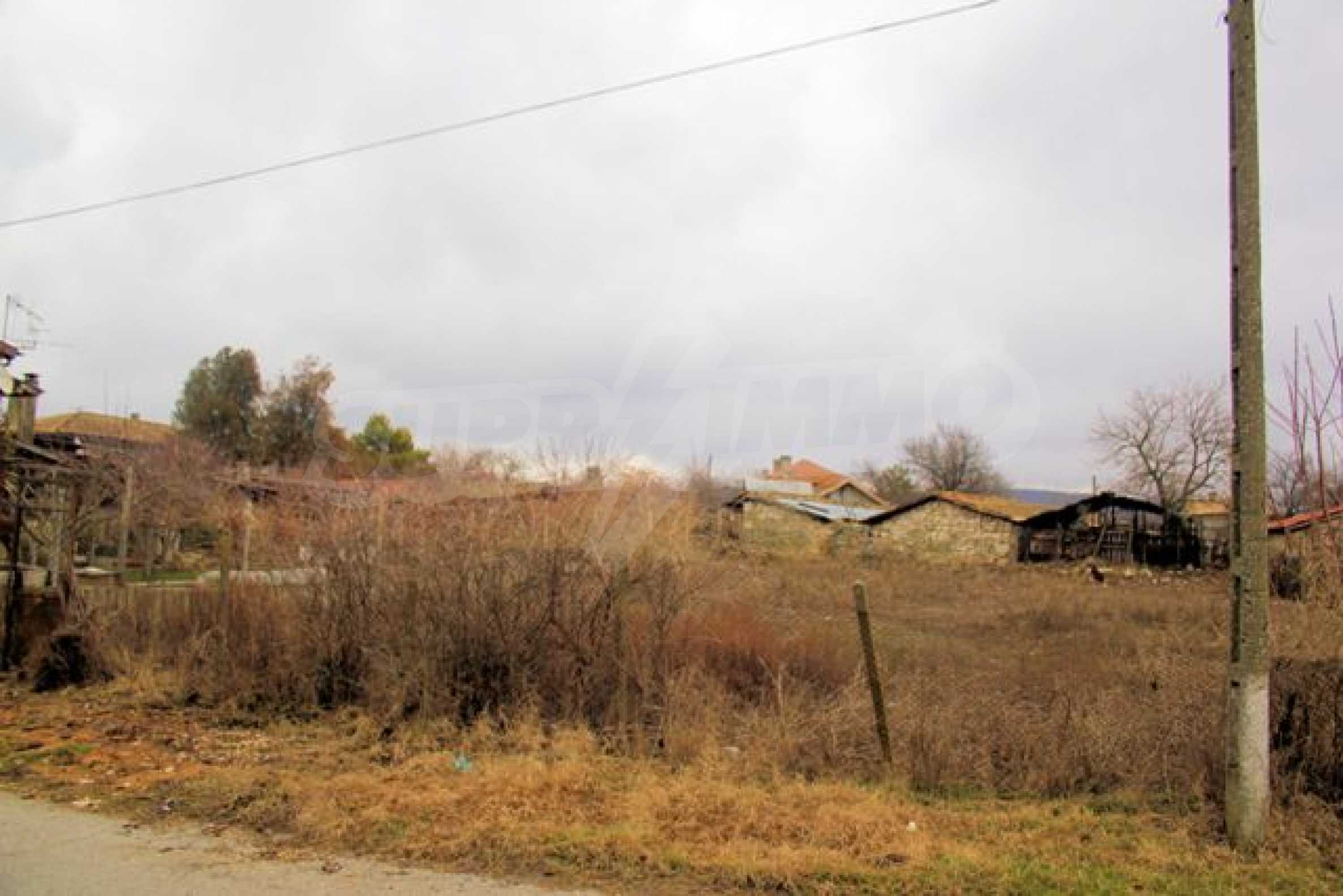 Village plot for sale near Suvorovo 4