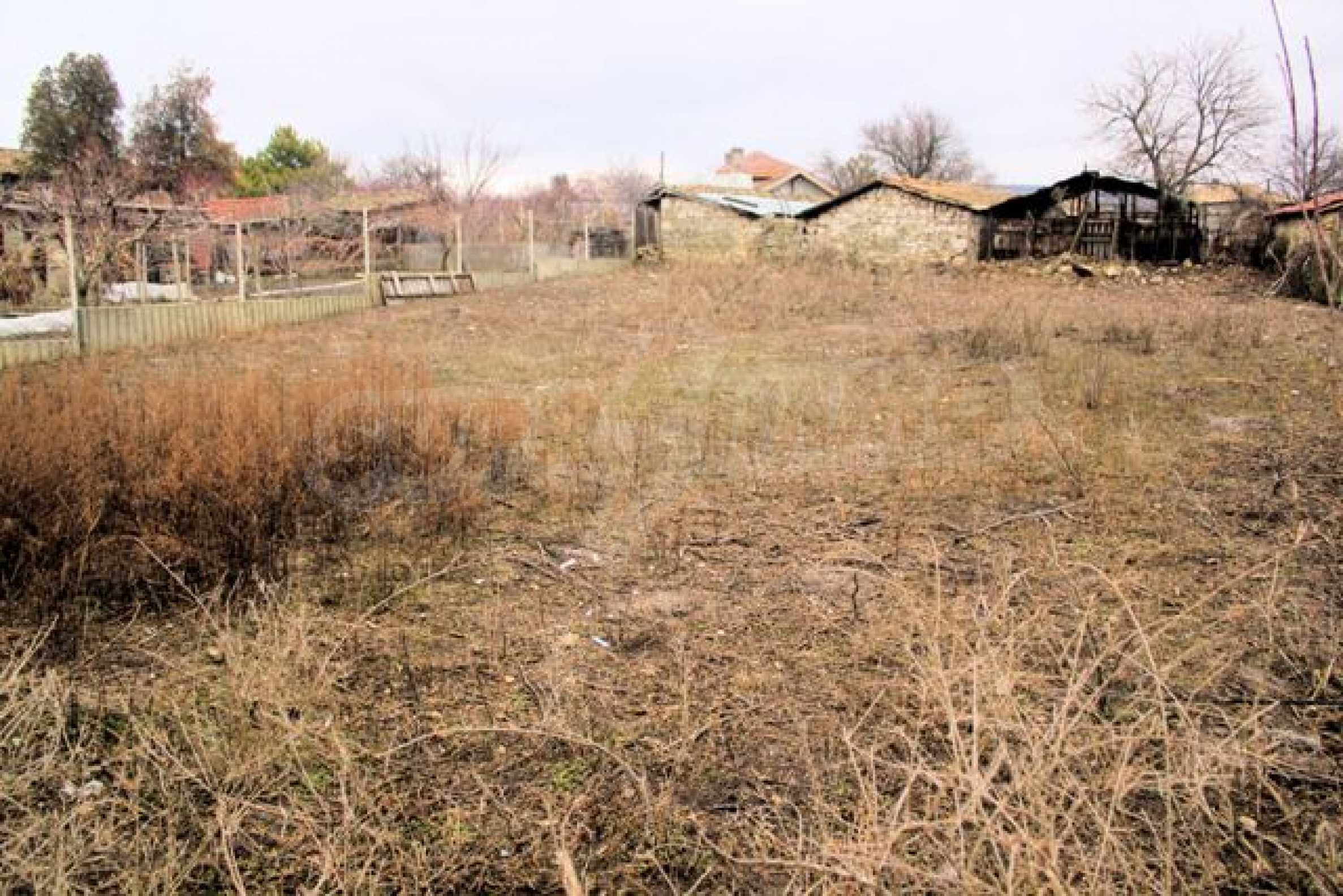 Village plot for sale near Suvorovo 5