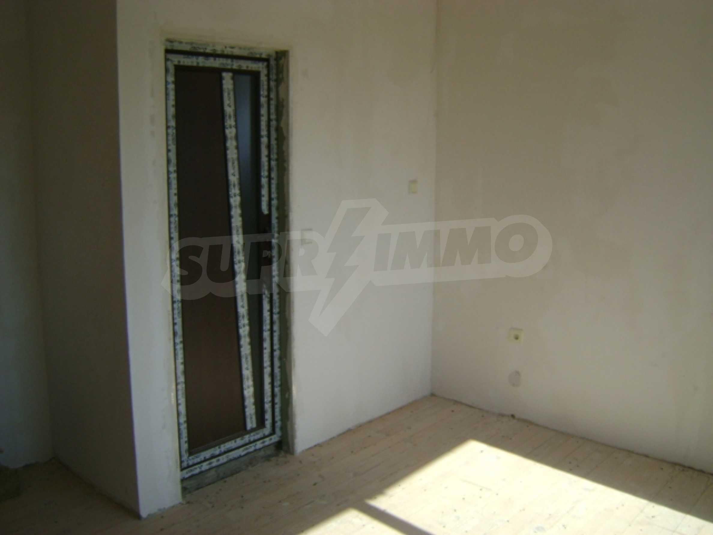 Newly built house in Vetrino 13