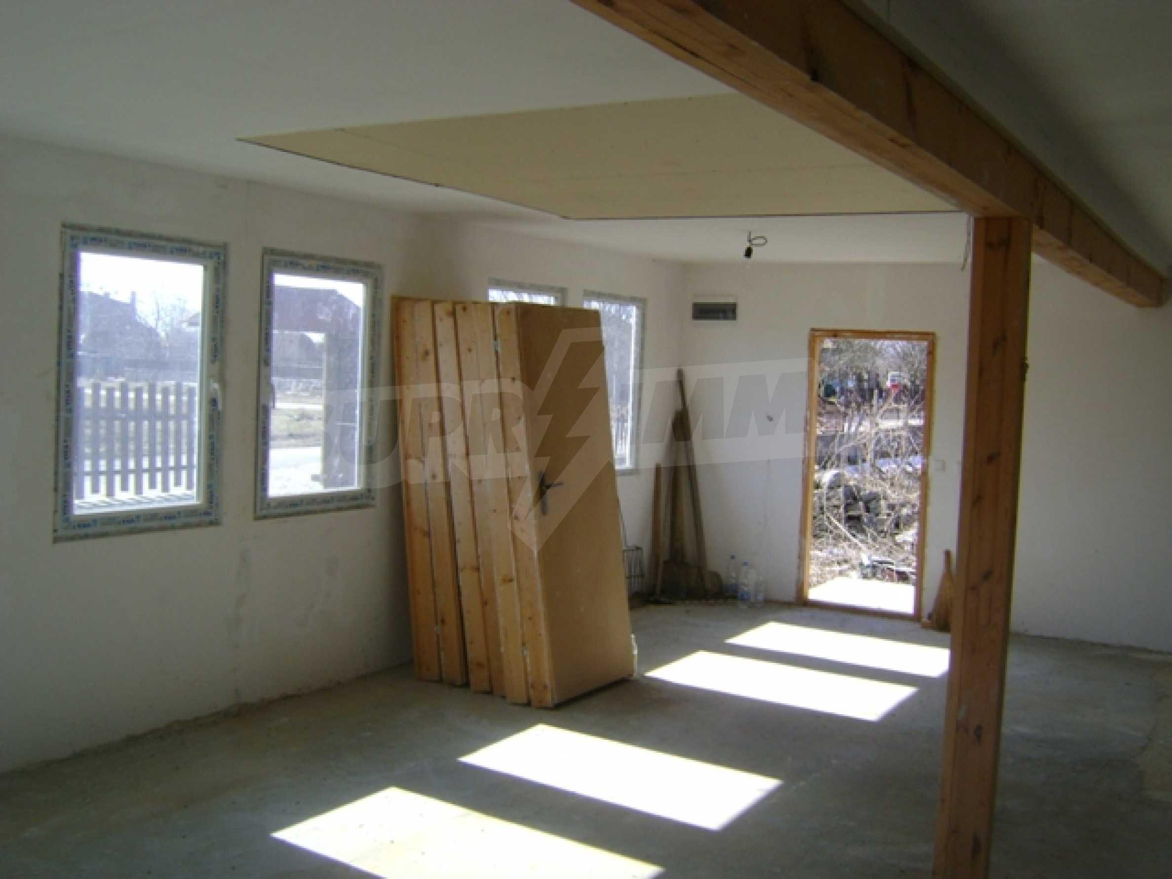 Newly built house in Vetrino 8
