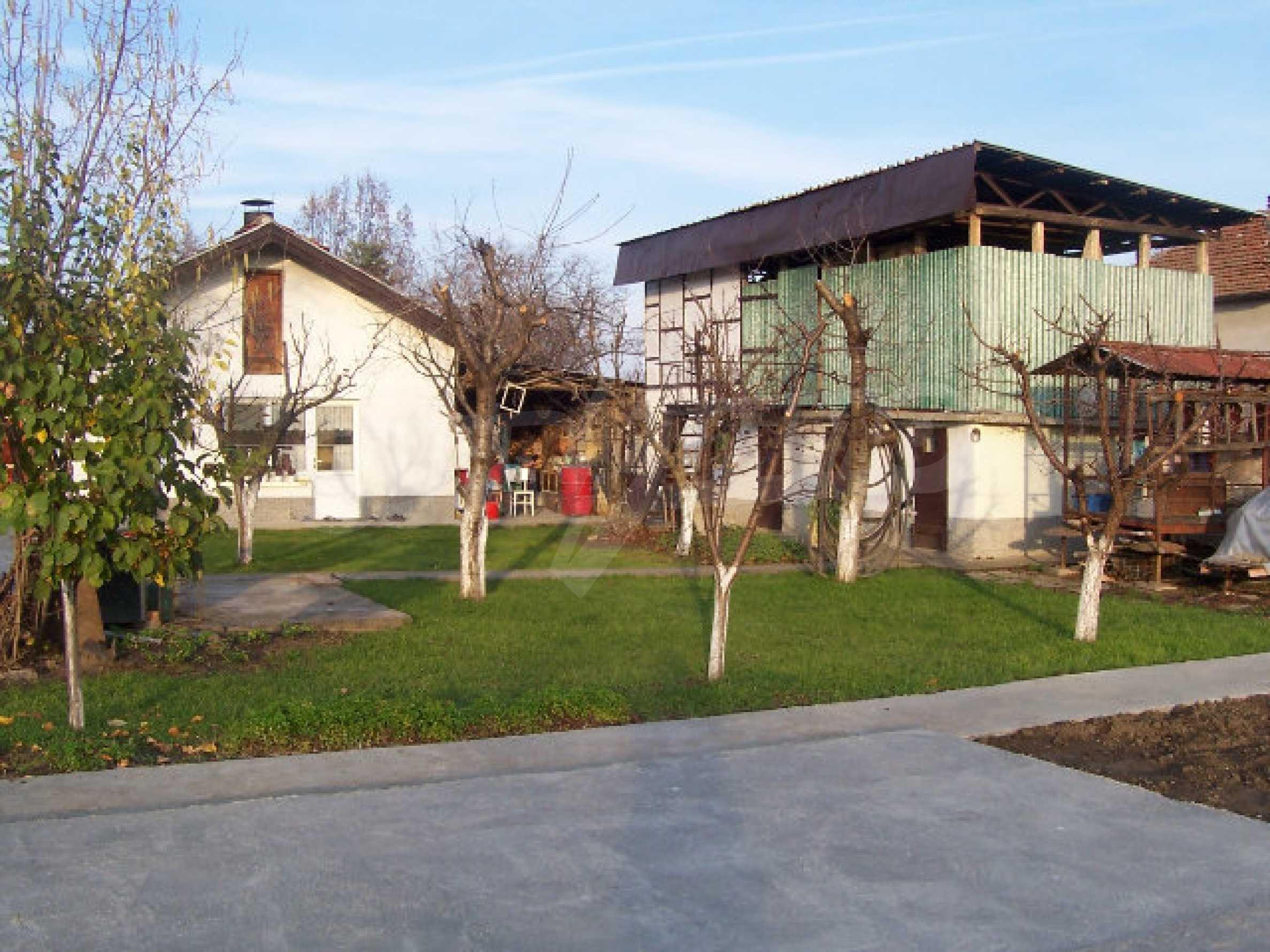 Zweistöckiges Haus in der Nähe von Vidin 18