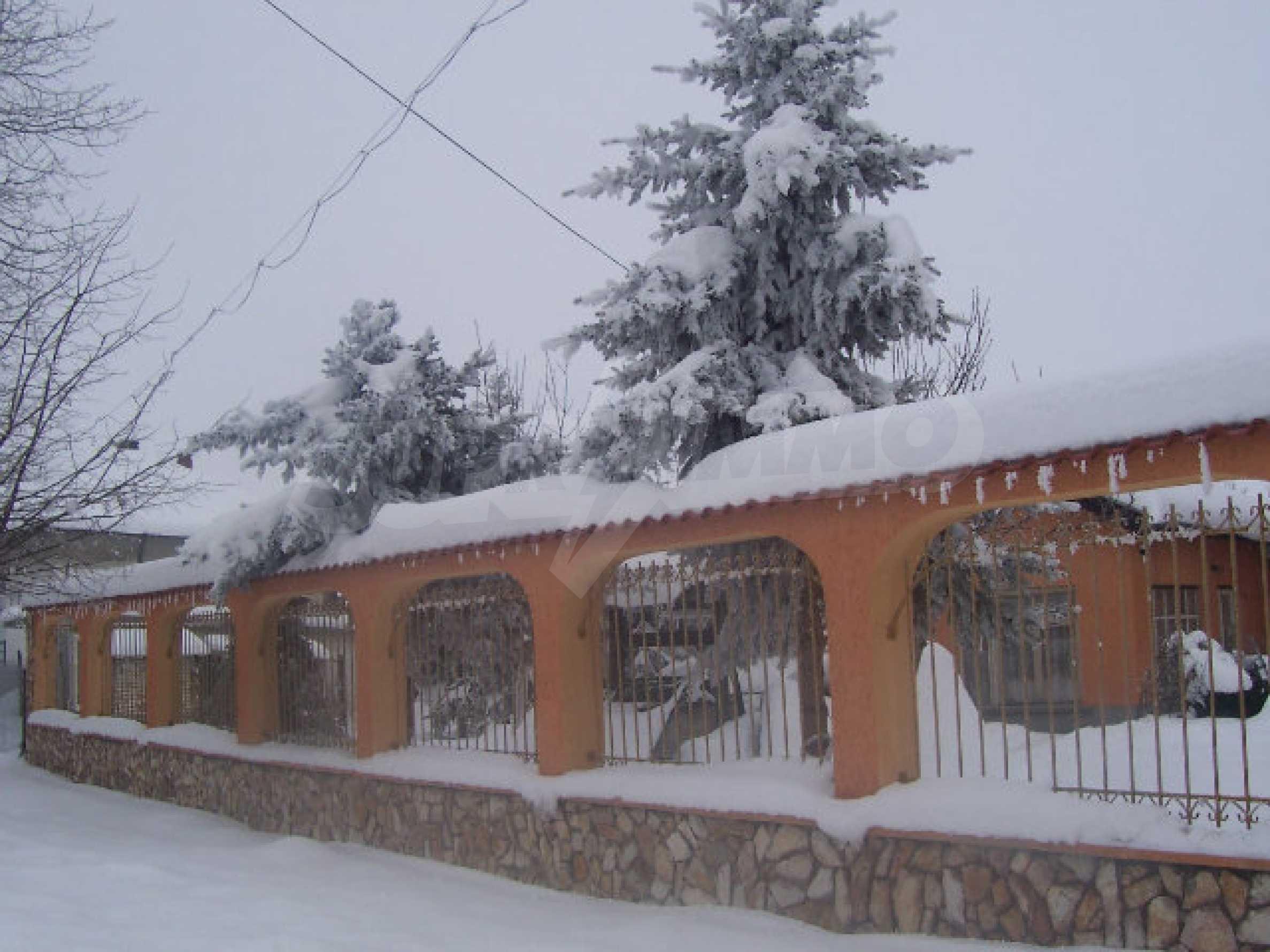 Zweistöckiges Haus in der Nähe von Vidin 20