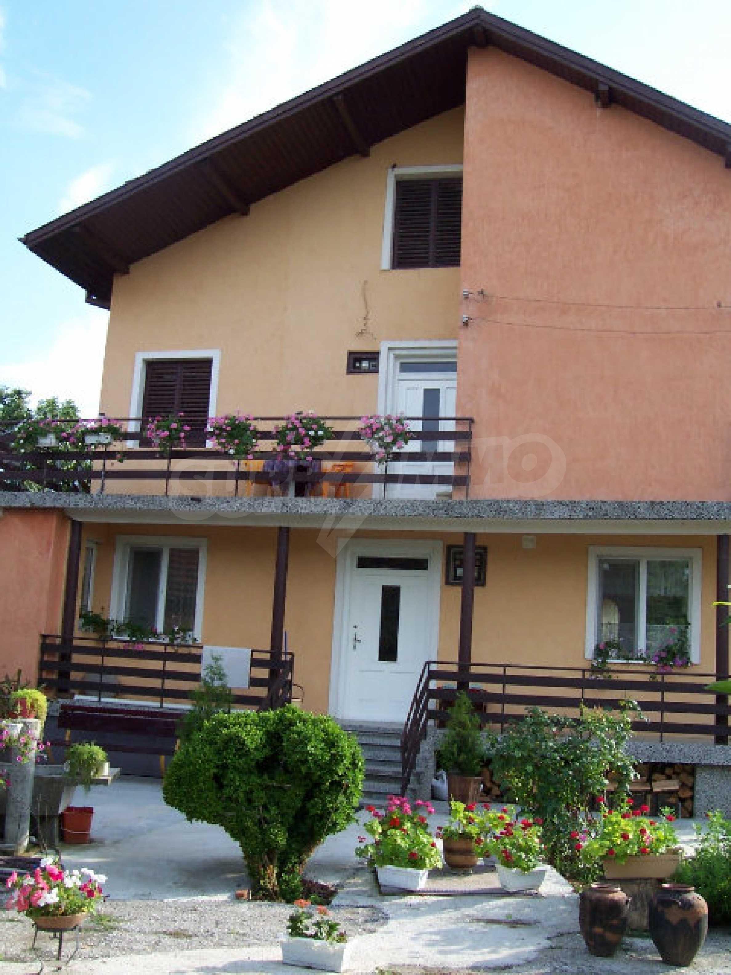 Zweistöckiges Haus in der Nähe von Vidin 2