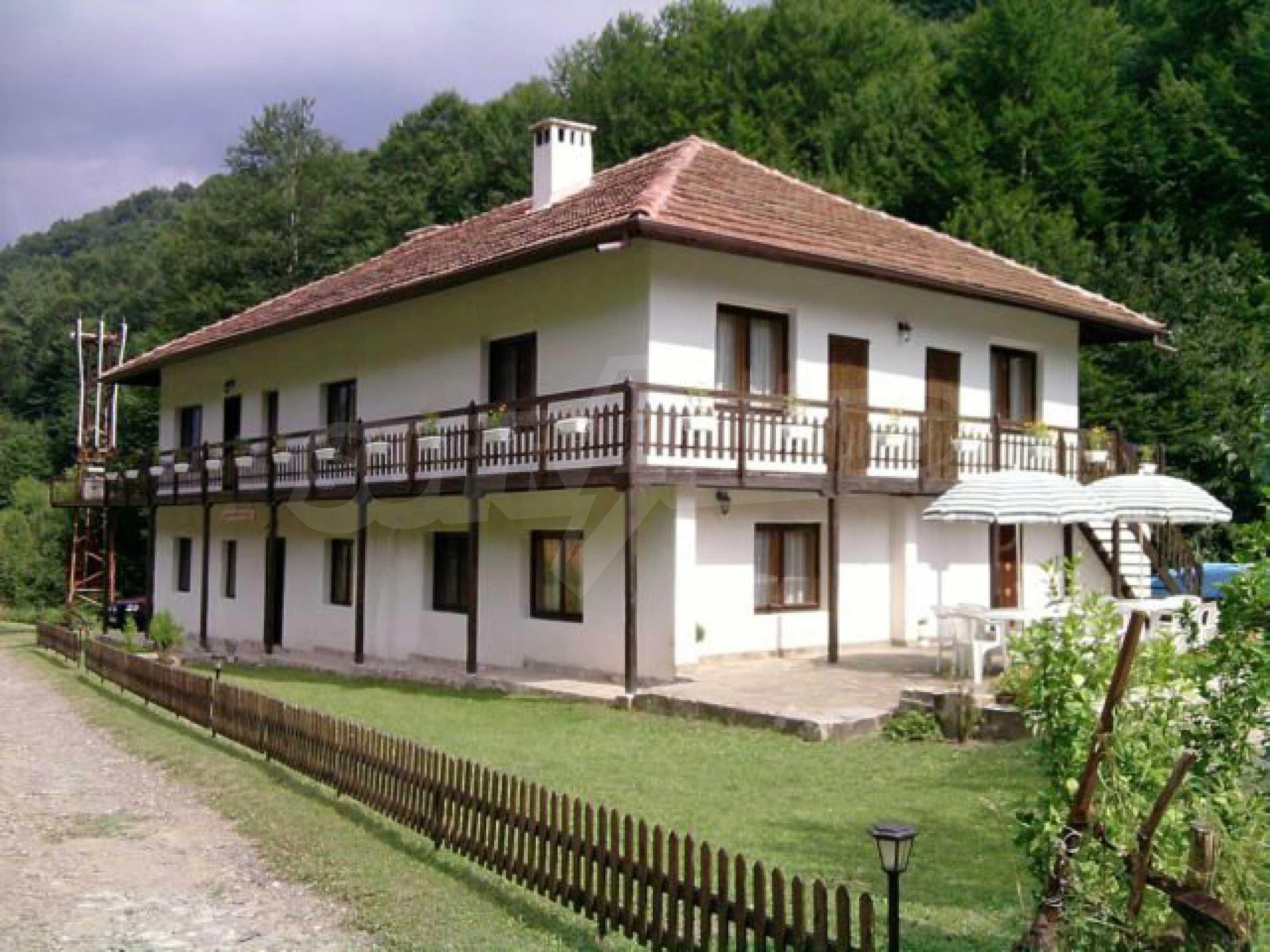Geräumiges, voll möbliertes und ausgestattetes zweistöckiges Haus in Ribaritsa