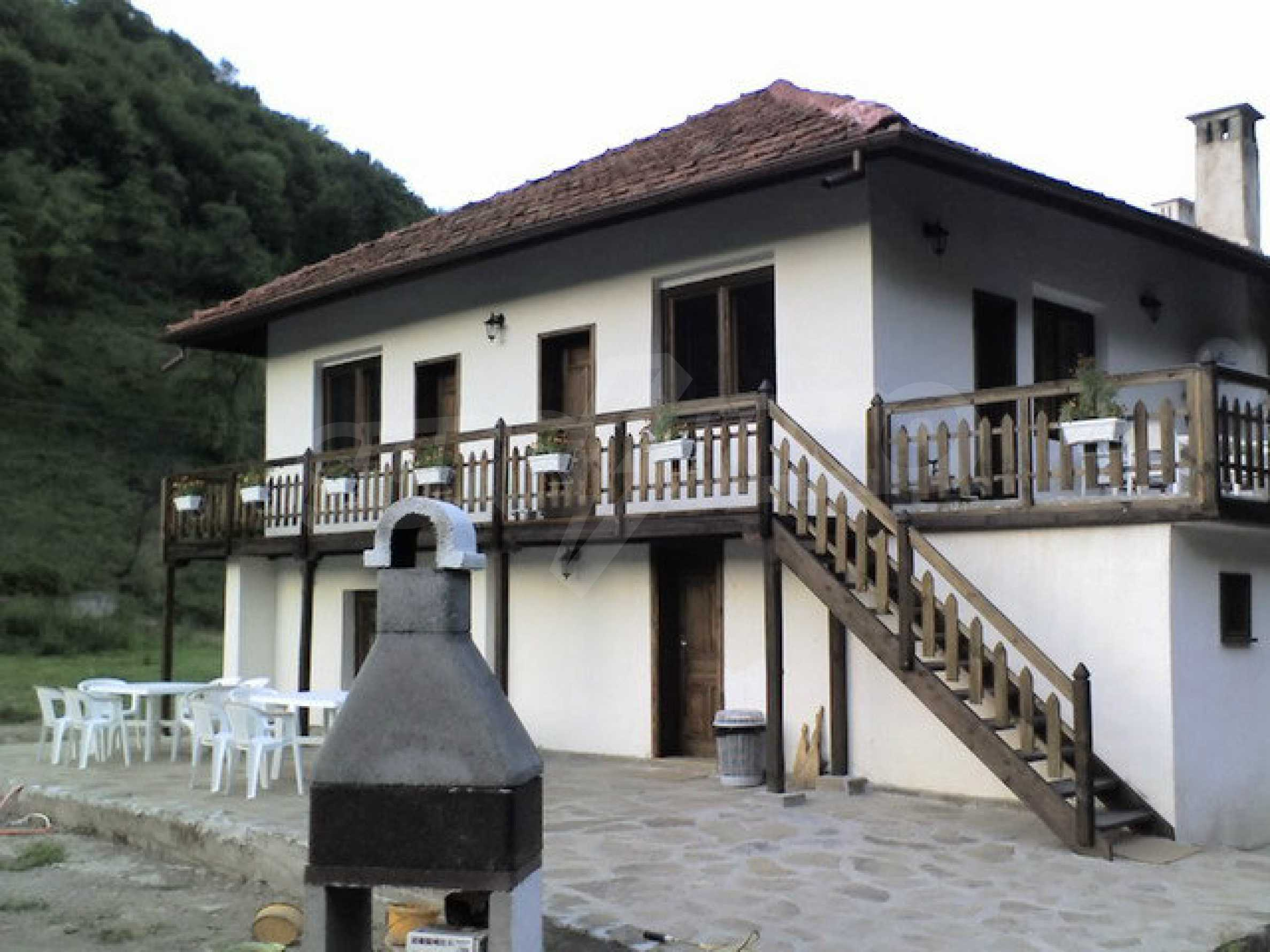 Spacious, fully furnished and equipped house in Ribaritsa 10