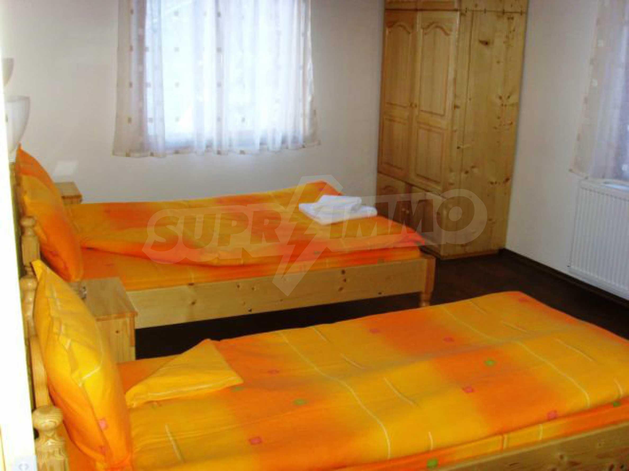 Geräumiges, voll möbliertes und ausgestattetes zweistöckiges Haus in Ribaritsa 18