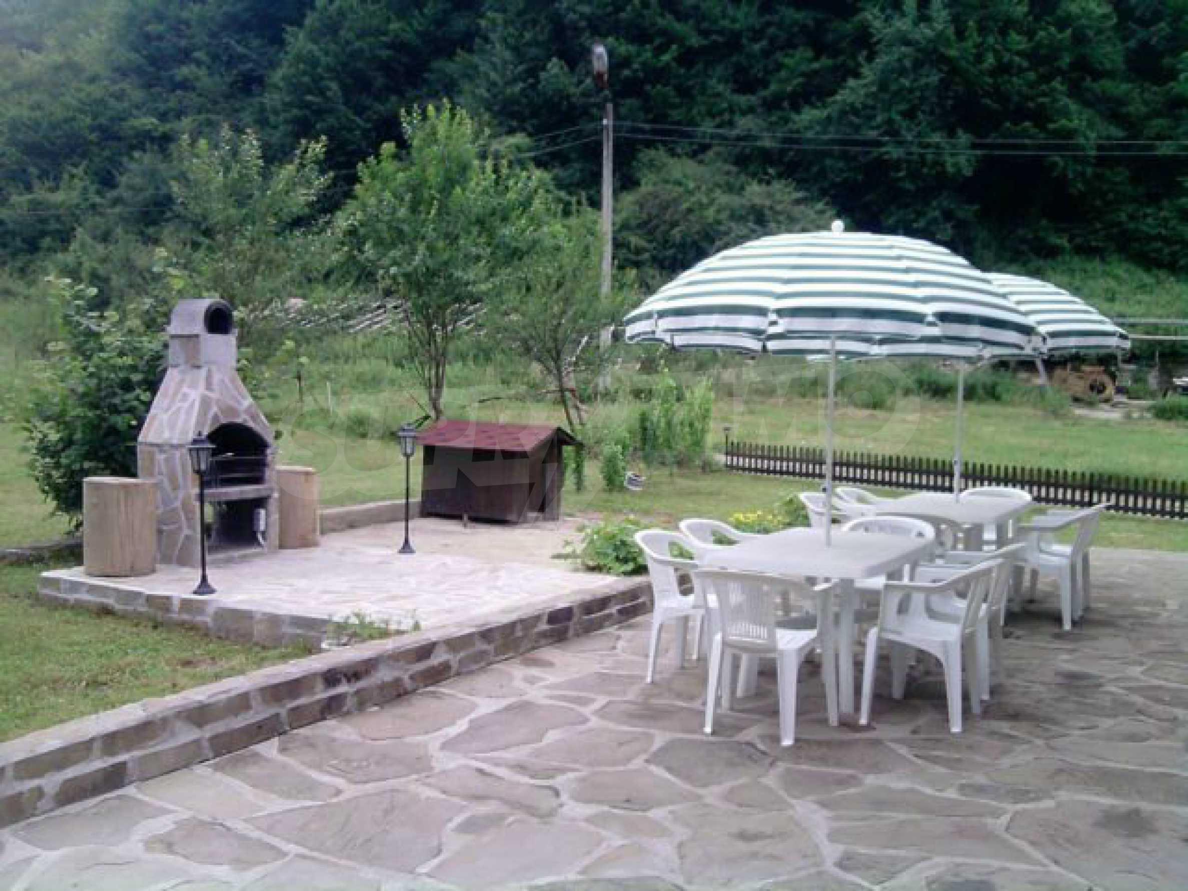 Geräumiges, voll möbliertes und ausgestattetes zweistöckiges Haus in Ribaritsa 24