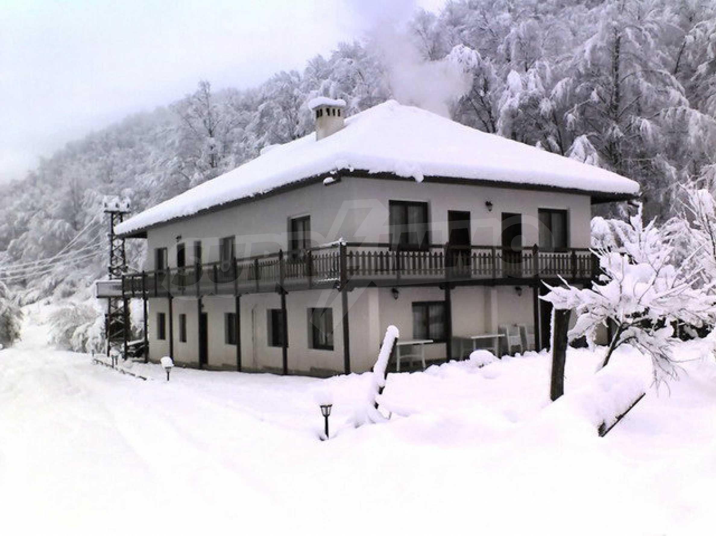 Geräumiges, voll möbliertes und ausgestattetes zweistöckiges Haus in Ribaritsa 27
