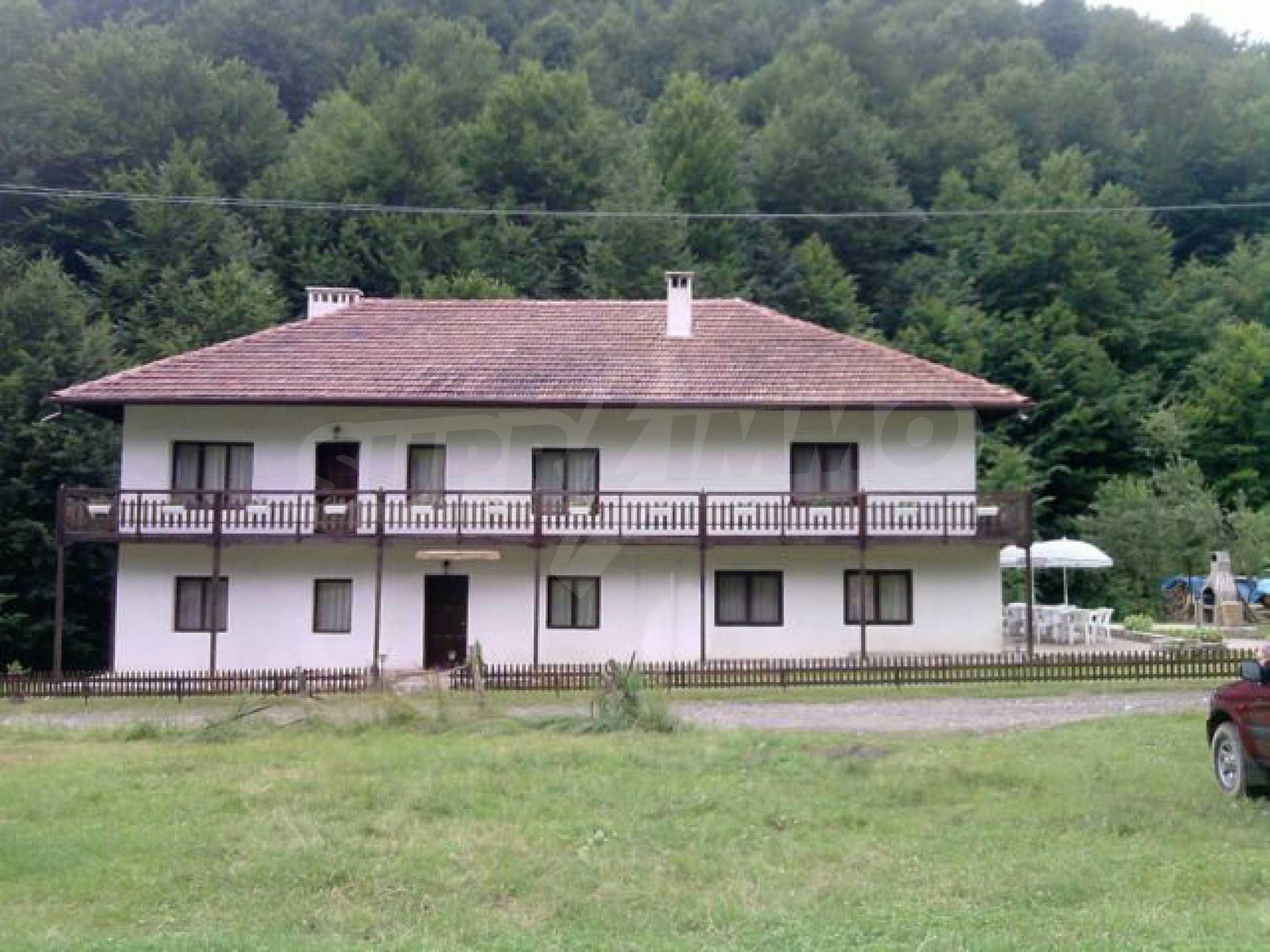 Geräumiges, voll möbliertes und ausgestattetes zweistöckiges Haus in Ribaritsa 35