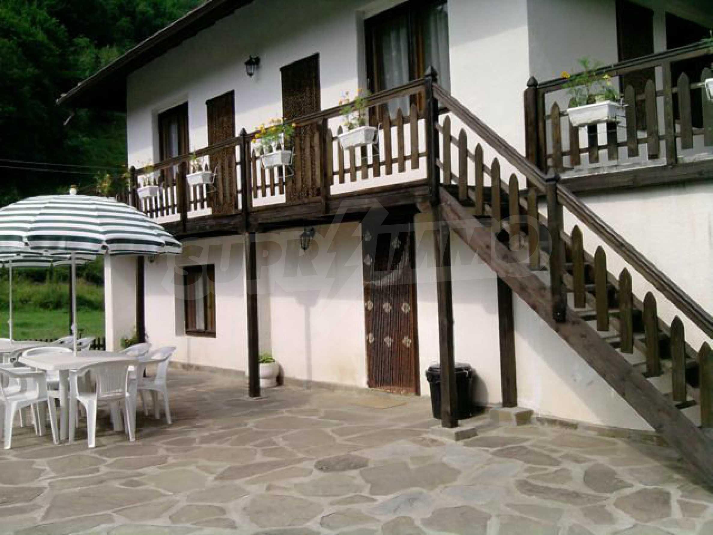 Geräumiges, voll möbliertes und ausgestattetes zweistöckiges Haus in Ribaritsa 36