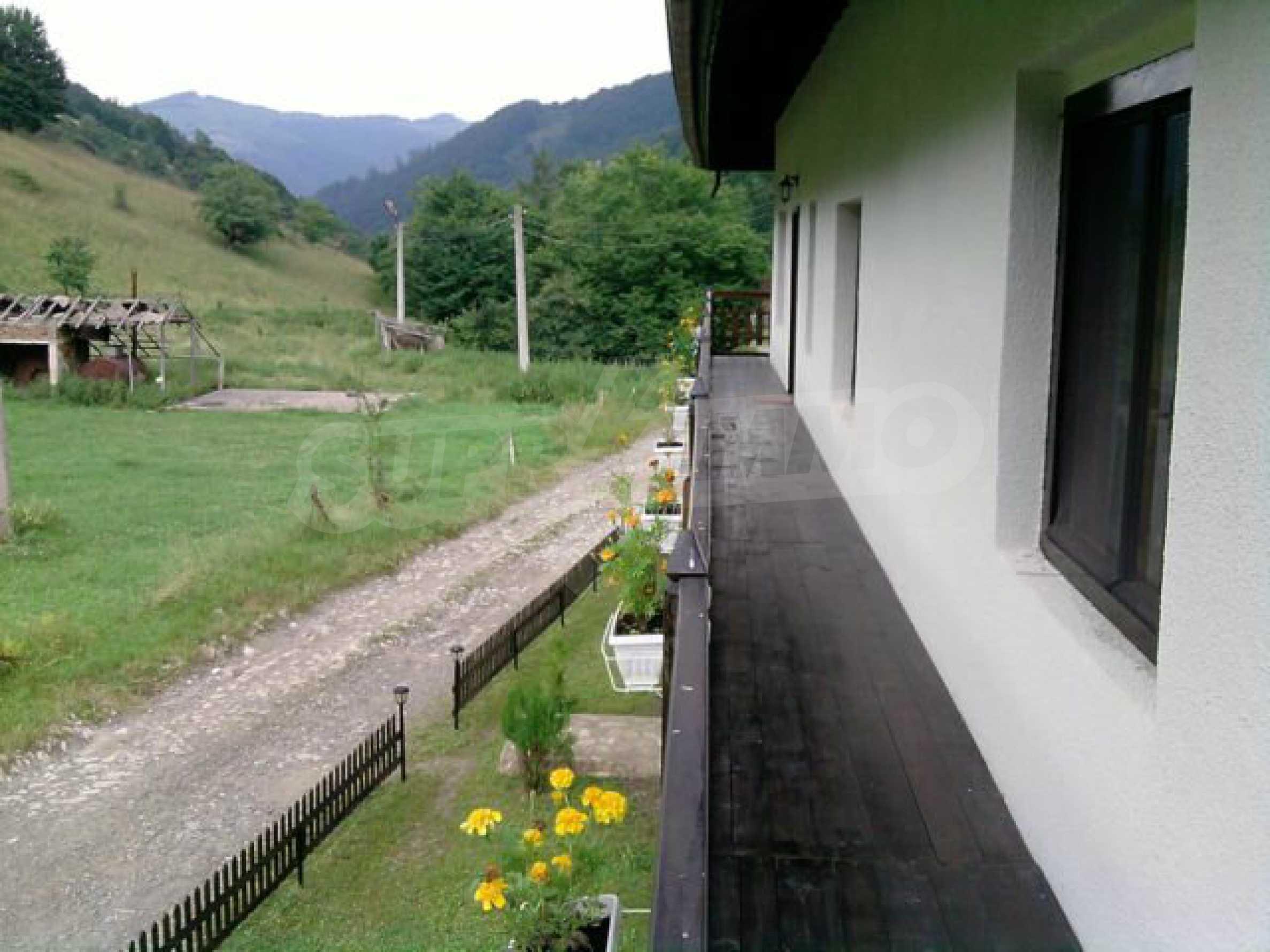 Geräumiges, voll möbliertes und ausgestattetes zweistöckiges Haus in Ribaritsa 37