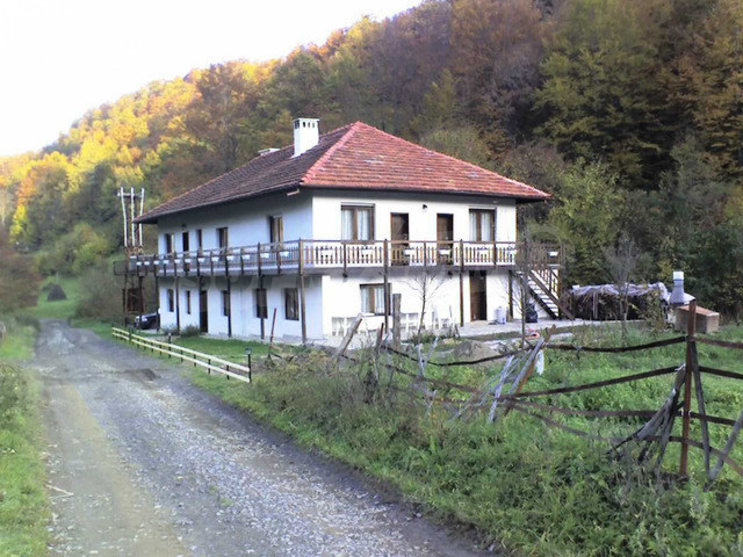Geräumiges, voll möbliertes und ausgestattetes zweistöckiges Haus in Ribaritsa 38
