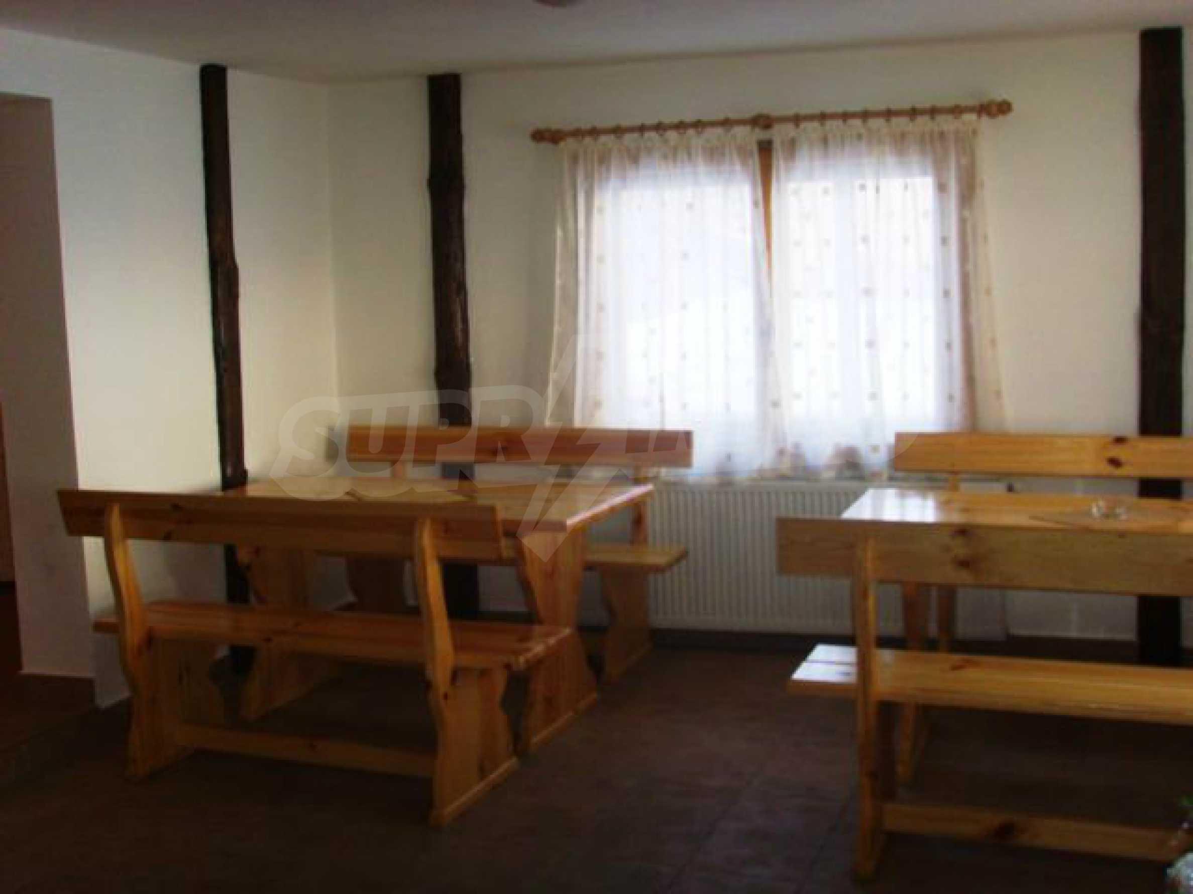 Geräumiges, voll möbliertes und ausgestattetes zweistöckiges Haus in Ribaritsa 42