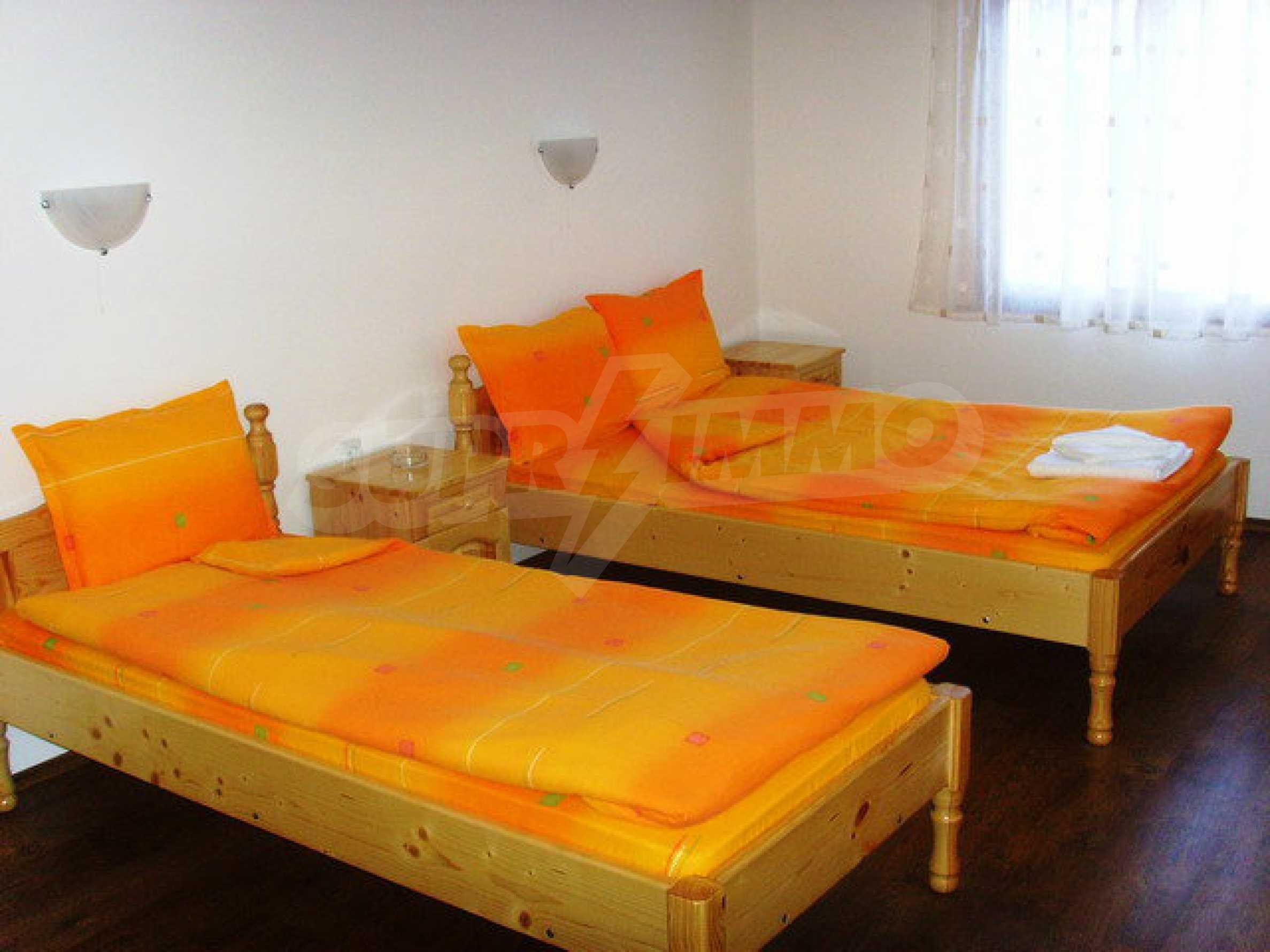 Geräumiges, voll möbliertes und ausgestattetes zweistöckiges Haus in Ribaritsa 43
