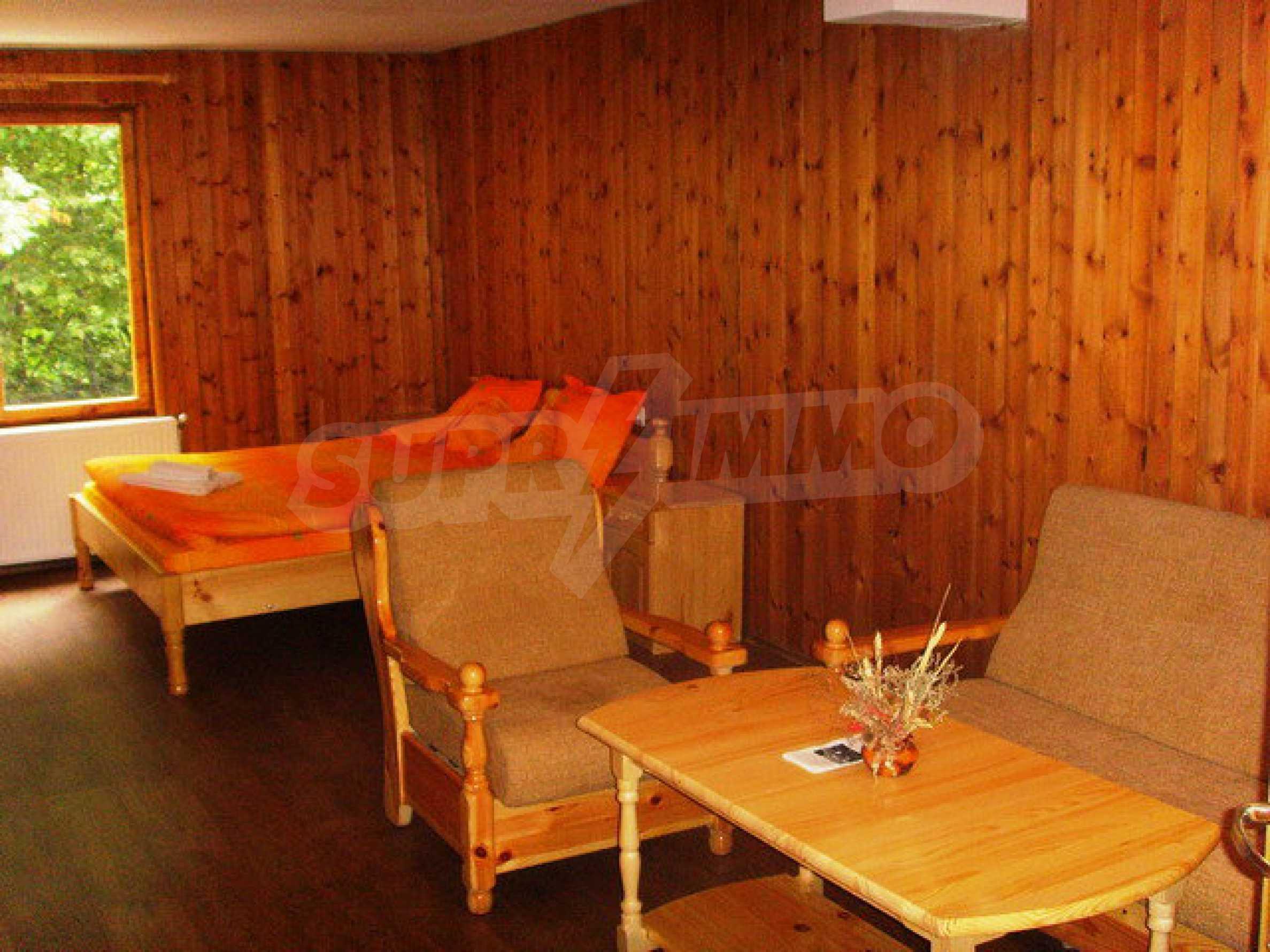 Geräumiges, voll möbliertes und ausgestattetes zweistöckiges Haus in Ribaritsa 48