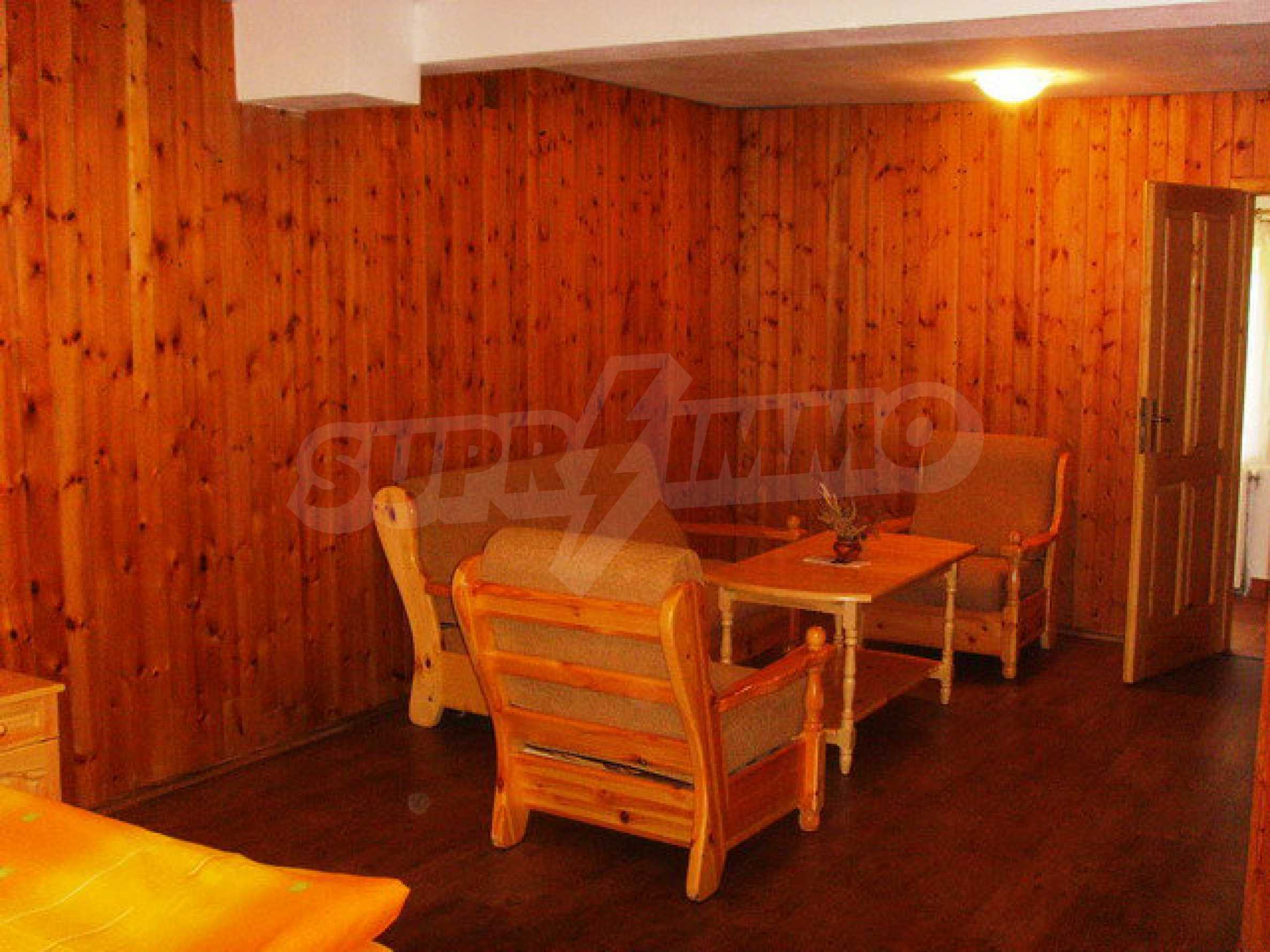 Geräumiges, voll möbliertes und ausgestattetes zweistöckiges Haus in Ribaritsa 49