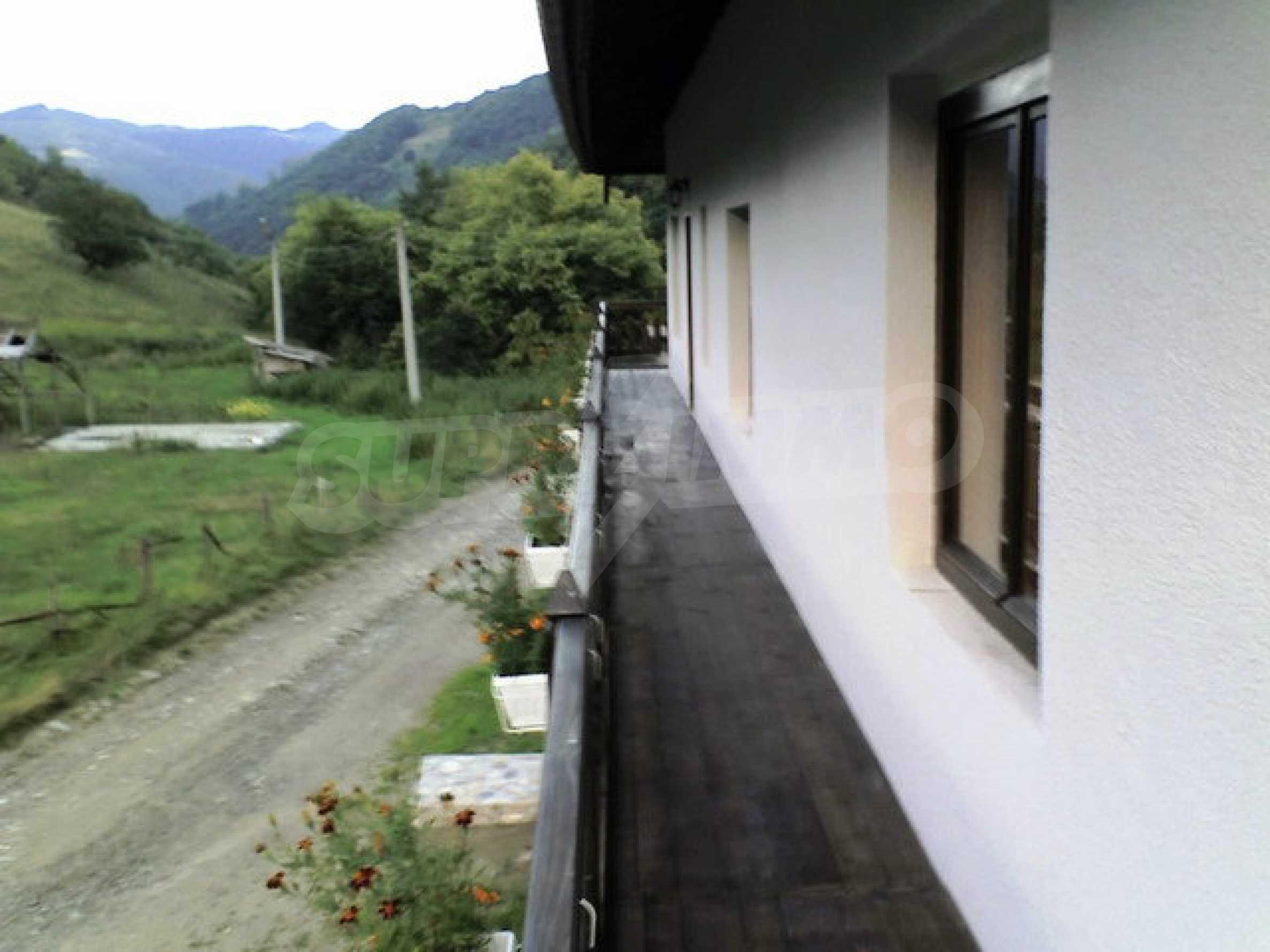 Geräumiges, voll möbliertes und ausgestattetes zweistöckiges Haus in Ribaritsa 7