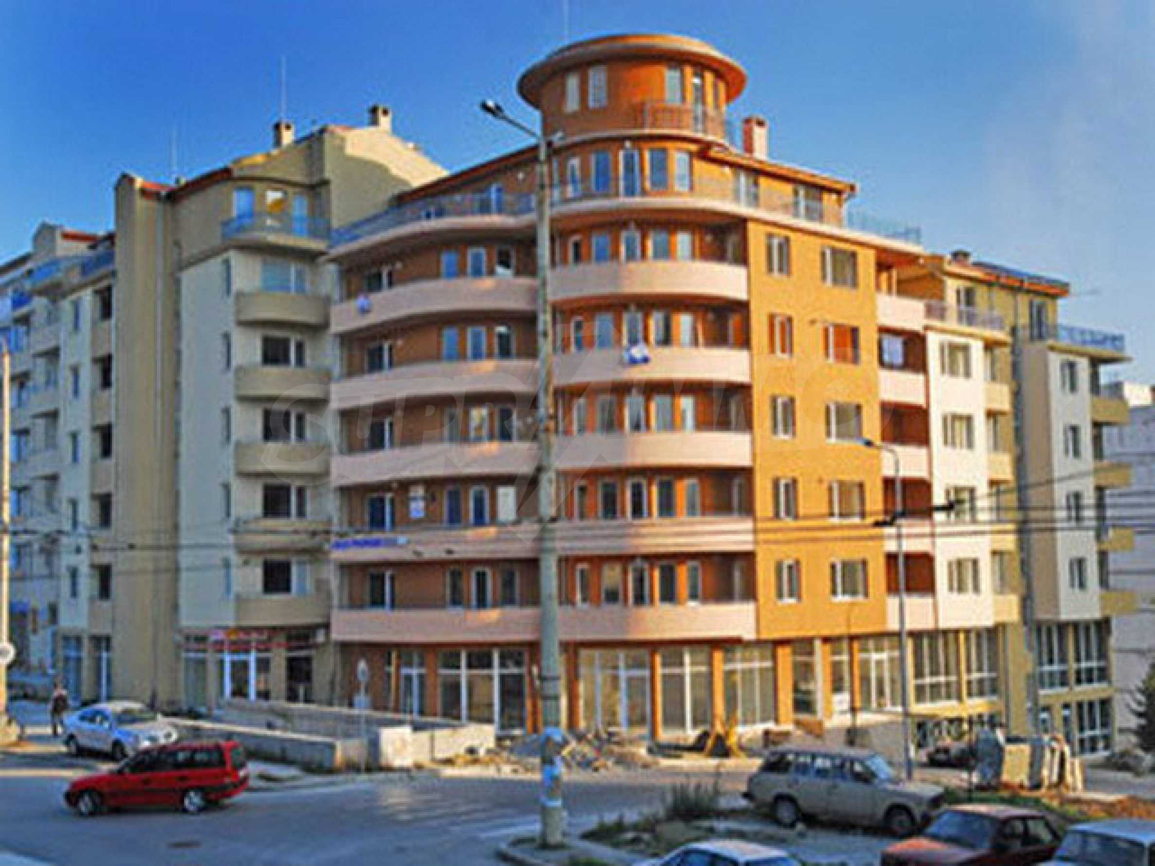One bedroom apartment used as an office is located in Veliko Tarnovo