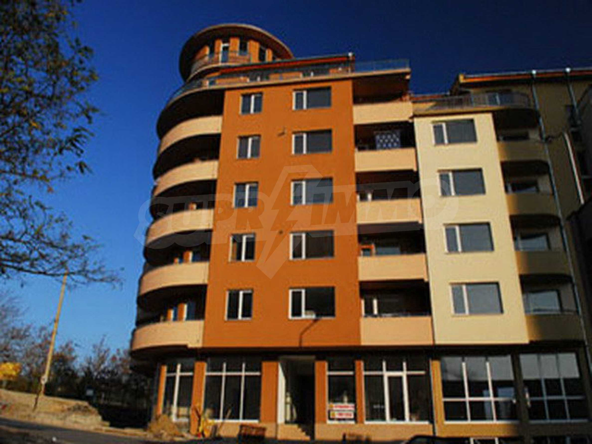 One bedroom apartment used as an office is located in Veliko Tarnovo 9