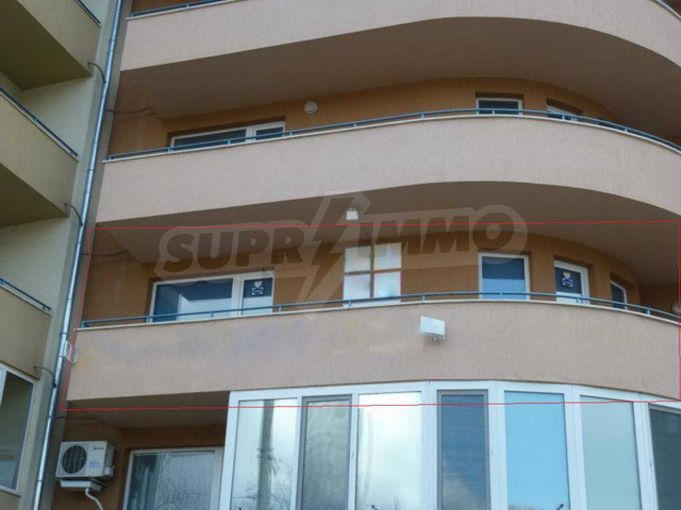 One bedroom apartment used as an office is located in Veliko Tarnovo 10