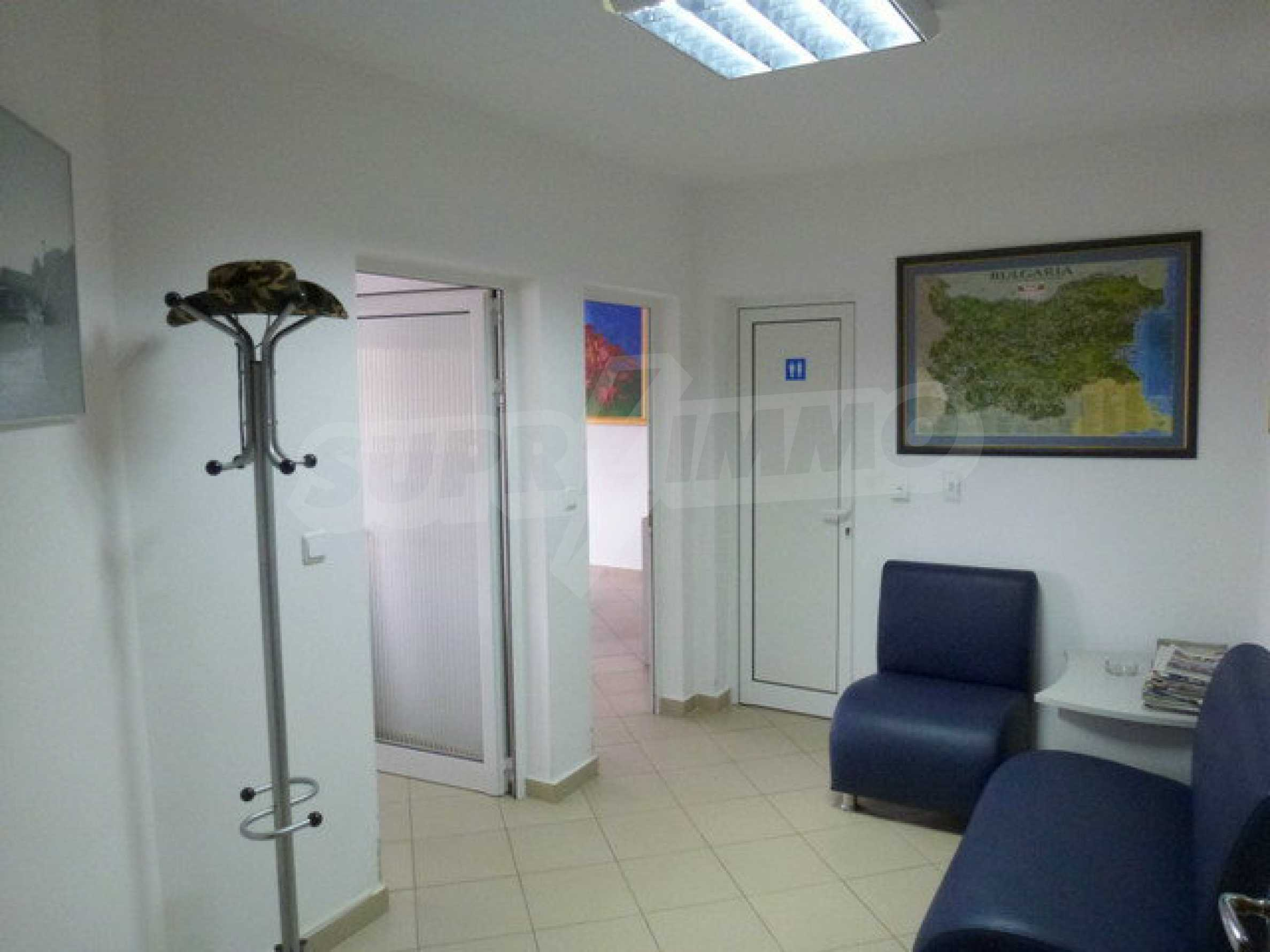 One bedroom apartment used as an office is located in Veliko Tarnovo 1