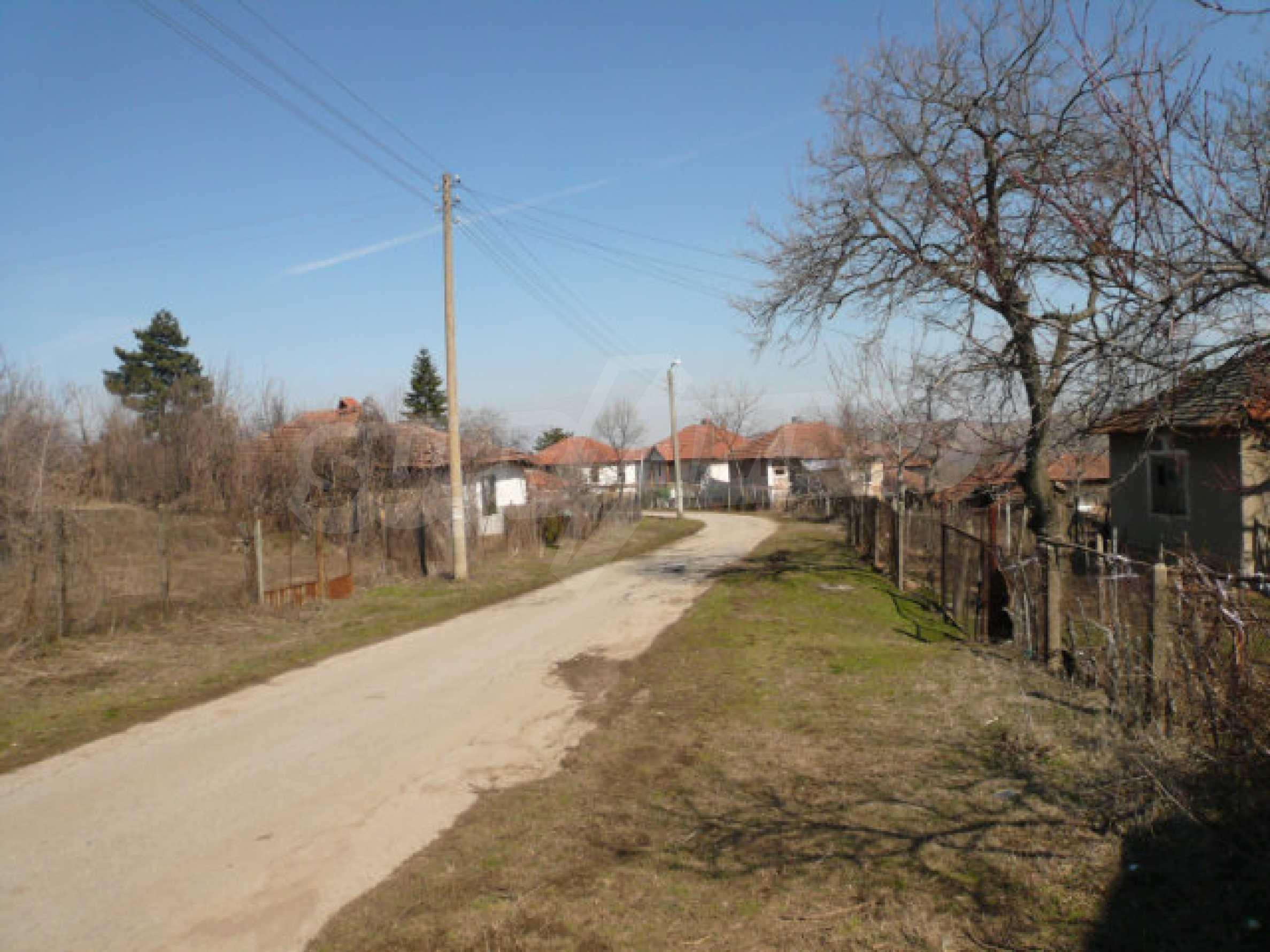 Zweistöckiges Haus in der Nähe von Belogradchik 26