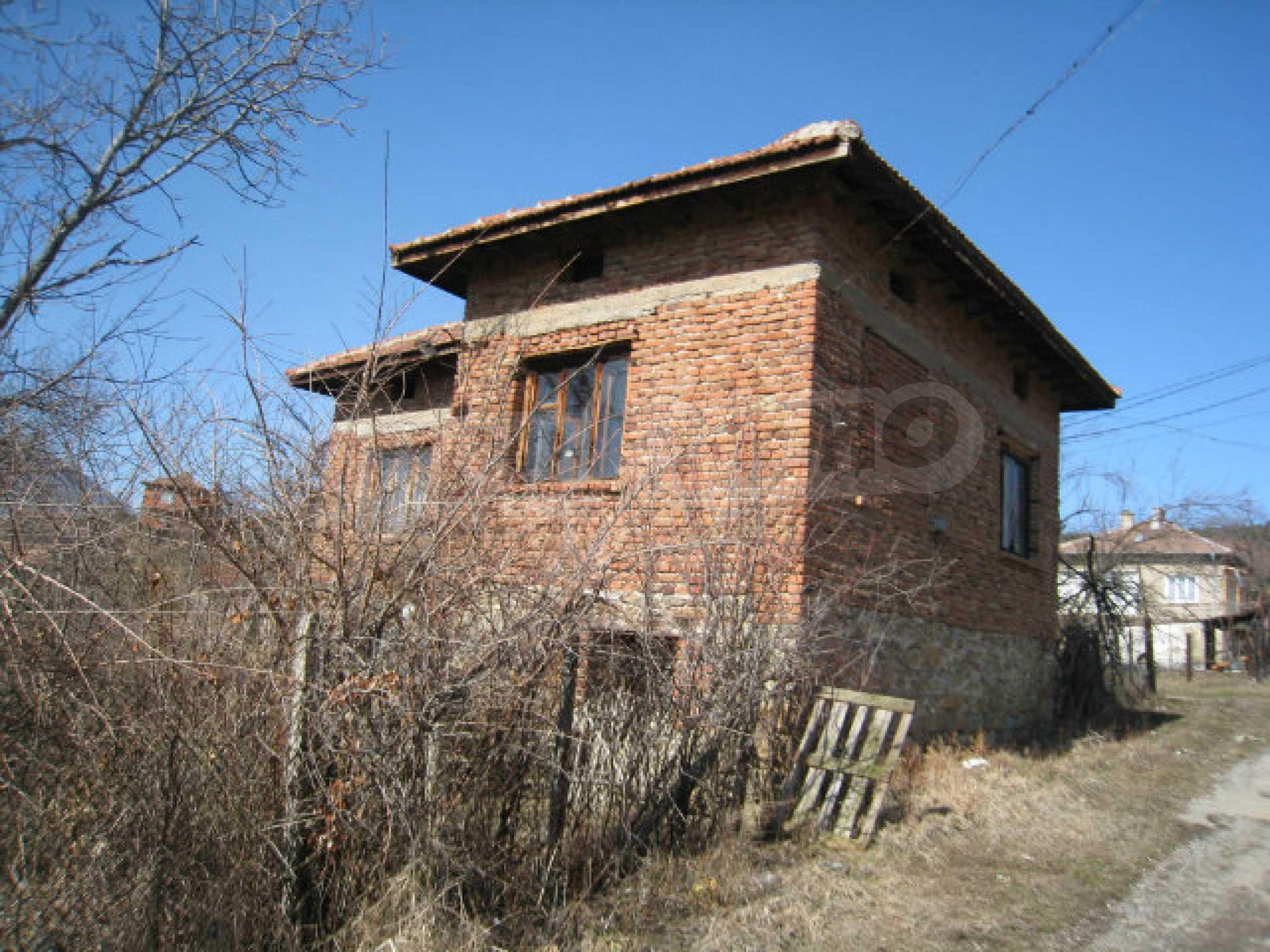 Old house with yard 70 km from Sofia 39