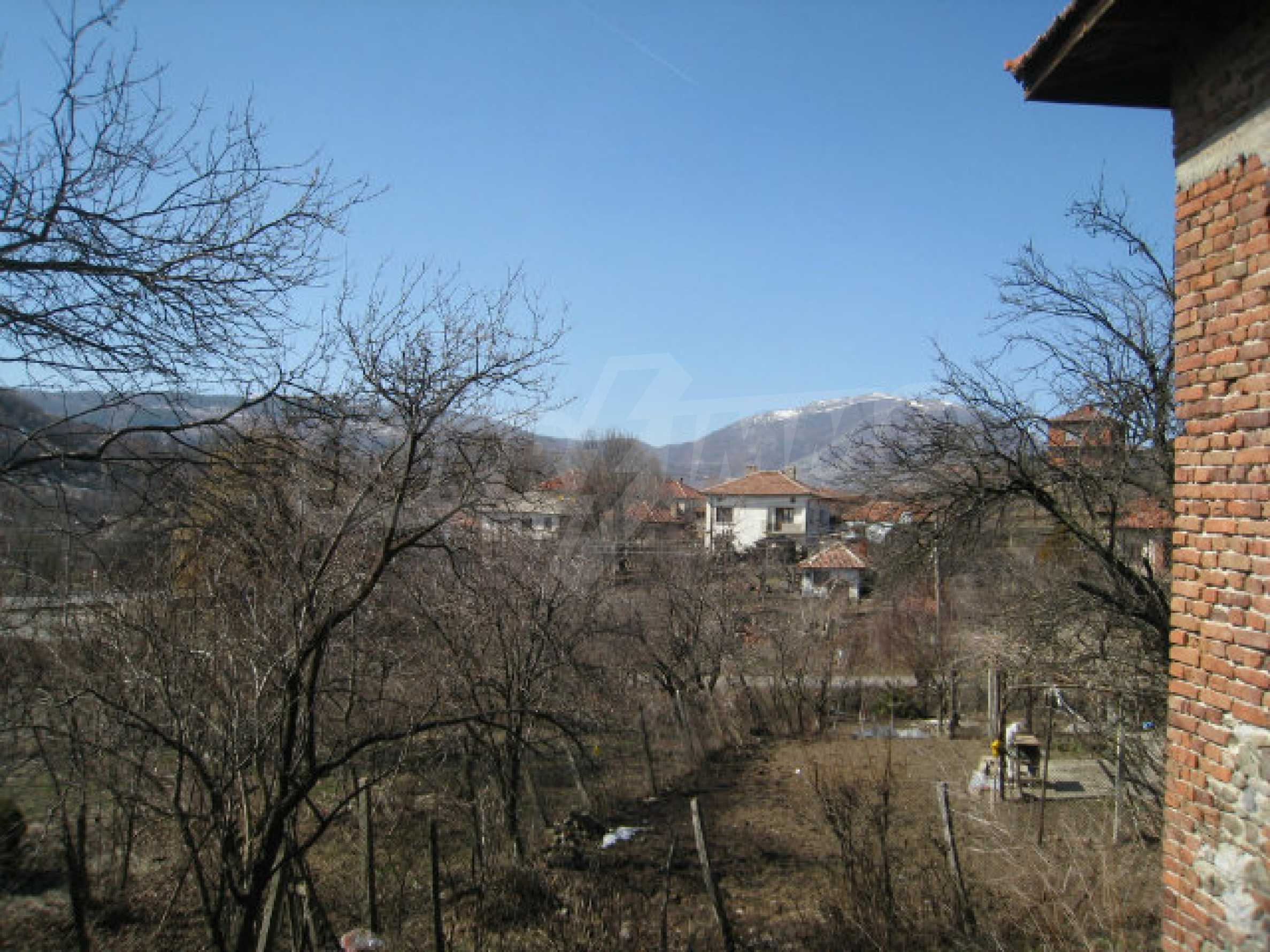 Old house with yard 70 km from Sofia 7