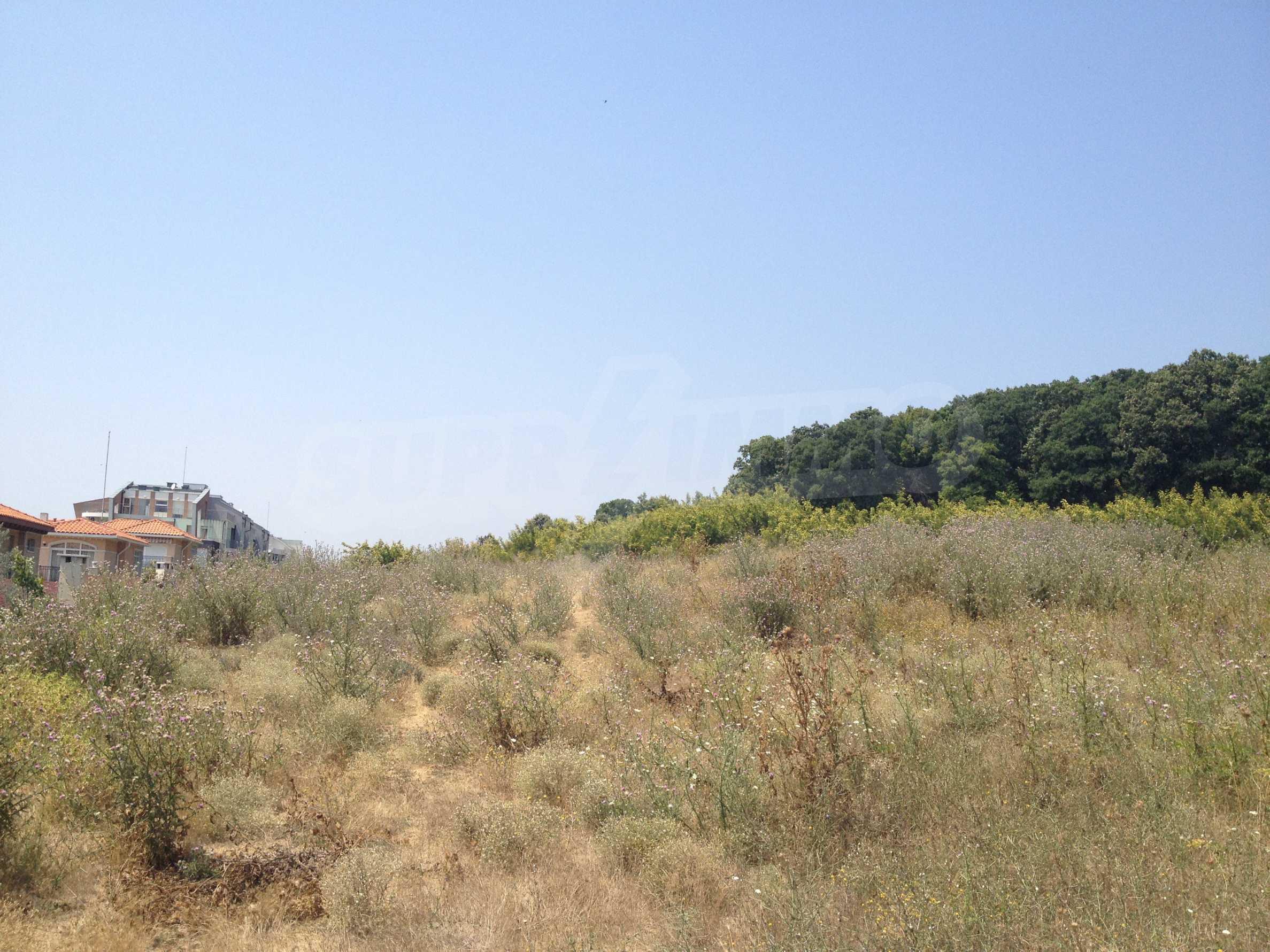 Land zum Verkauf in der Nähe von Sunny Beach 4
