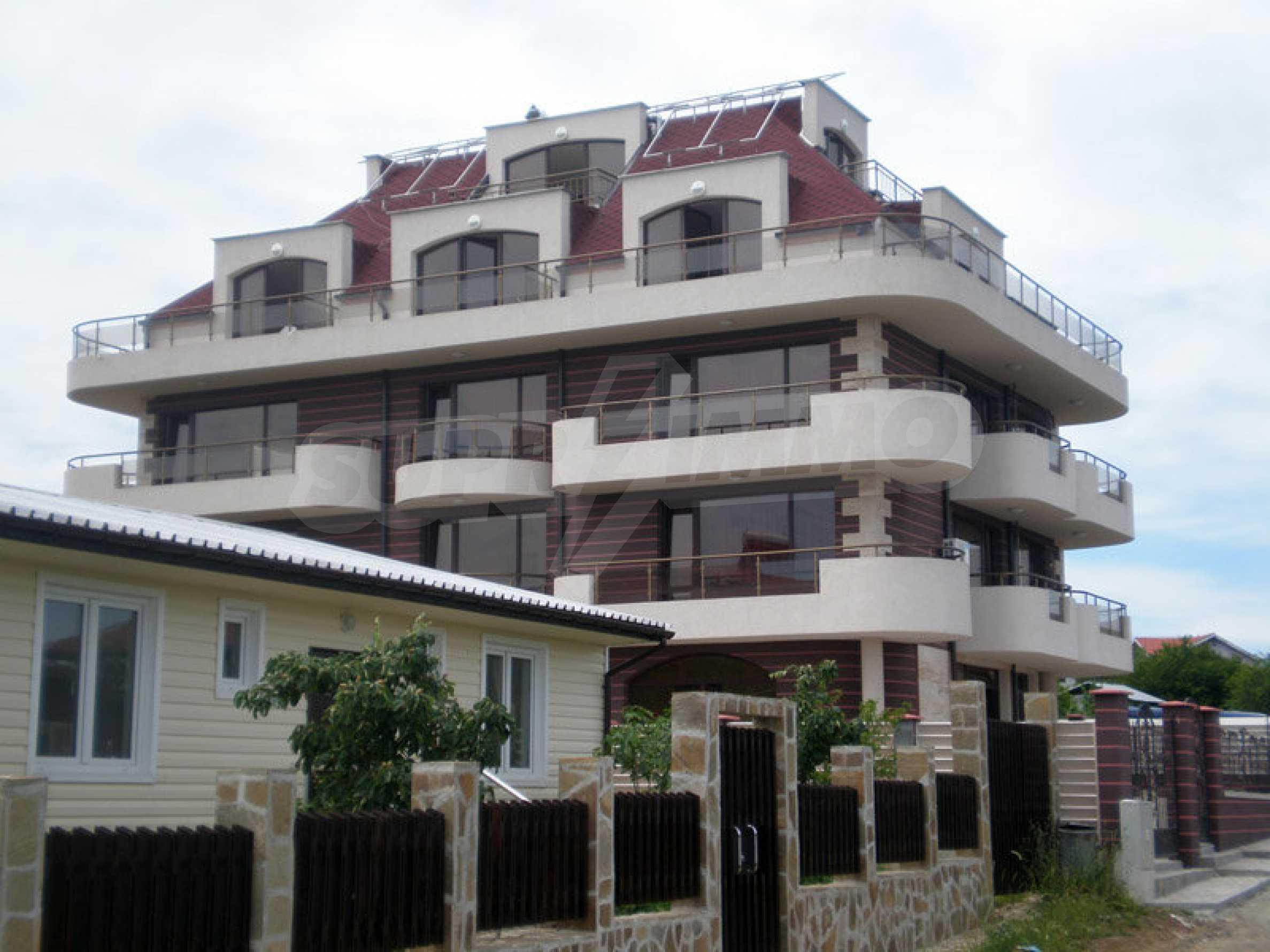 Hotel zum Verkauf in Rezovo