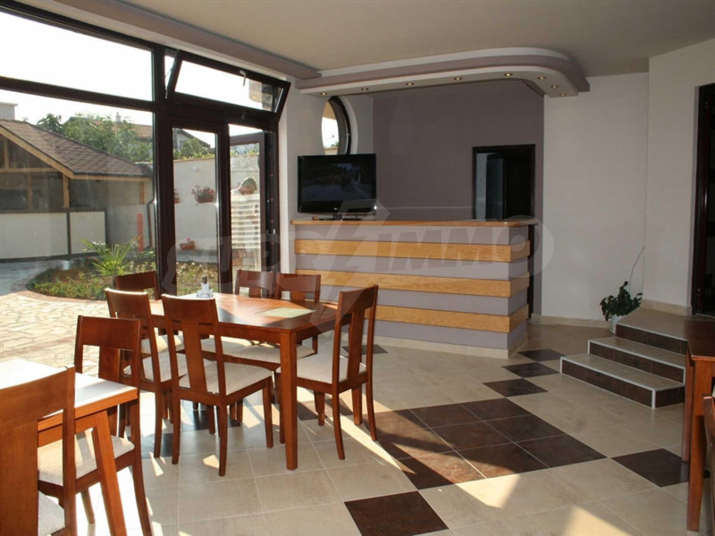 Hotel zum Verkauf in Rezovo 13