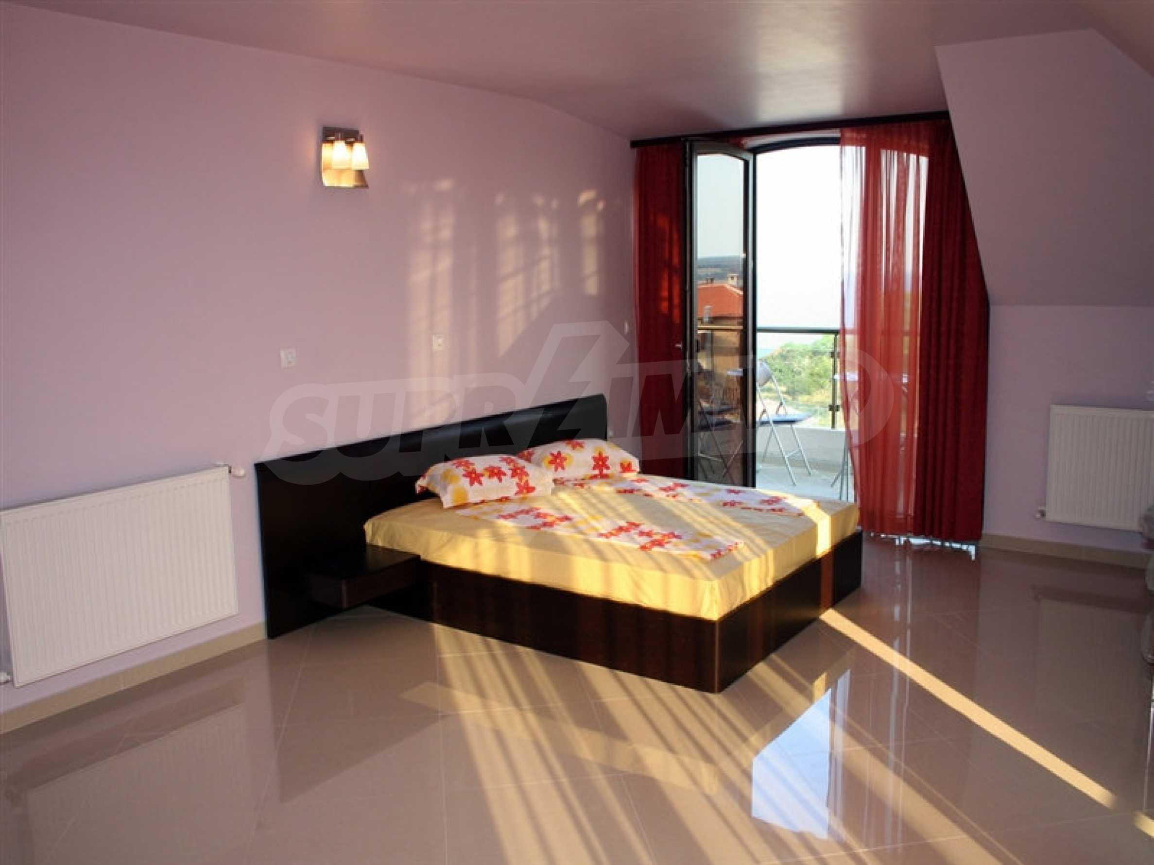 Hotel zum Verkauf in Rezovo 17