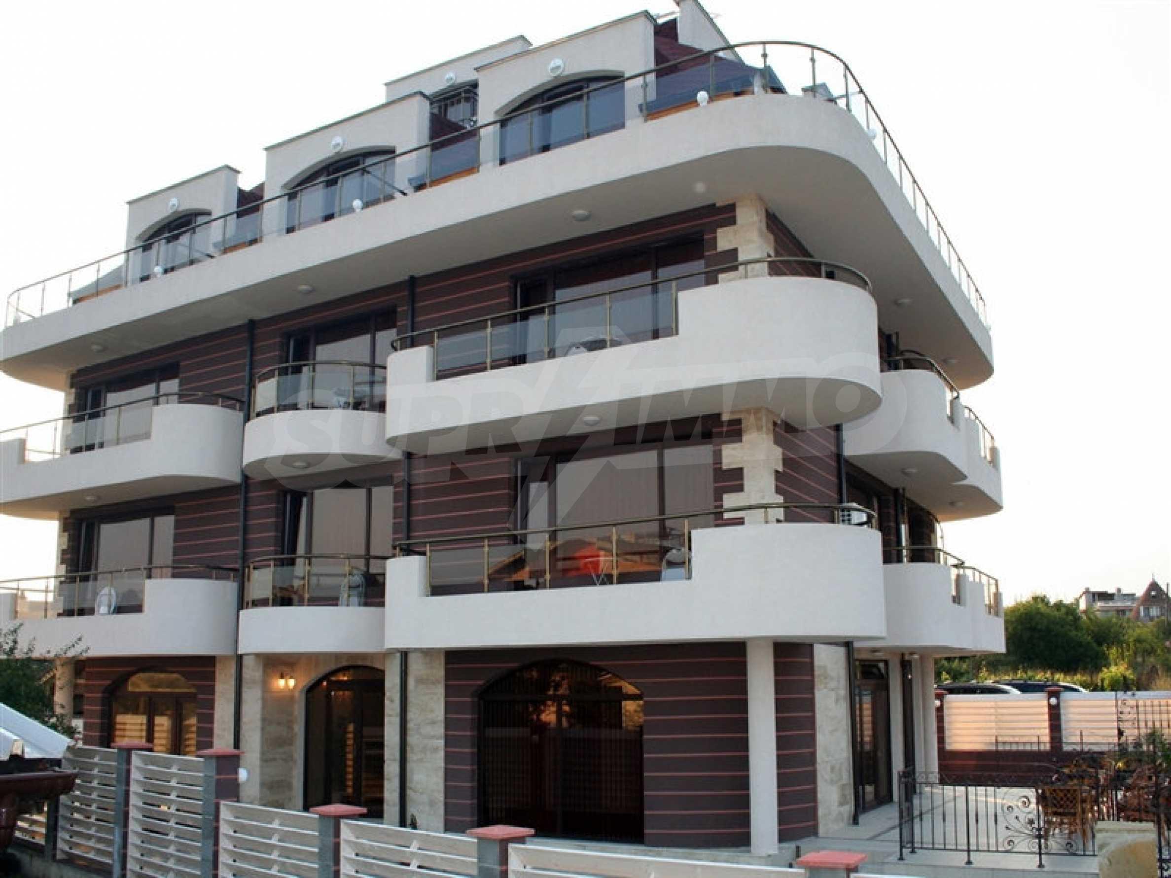 Hotel zum Verkauf in Rezovo 2