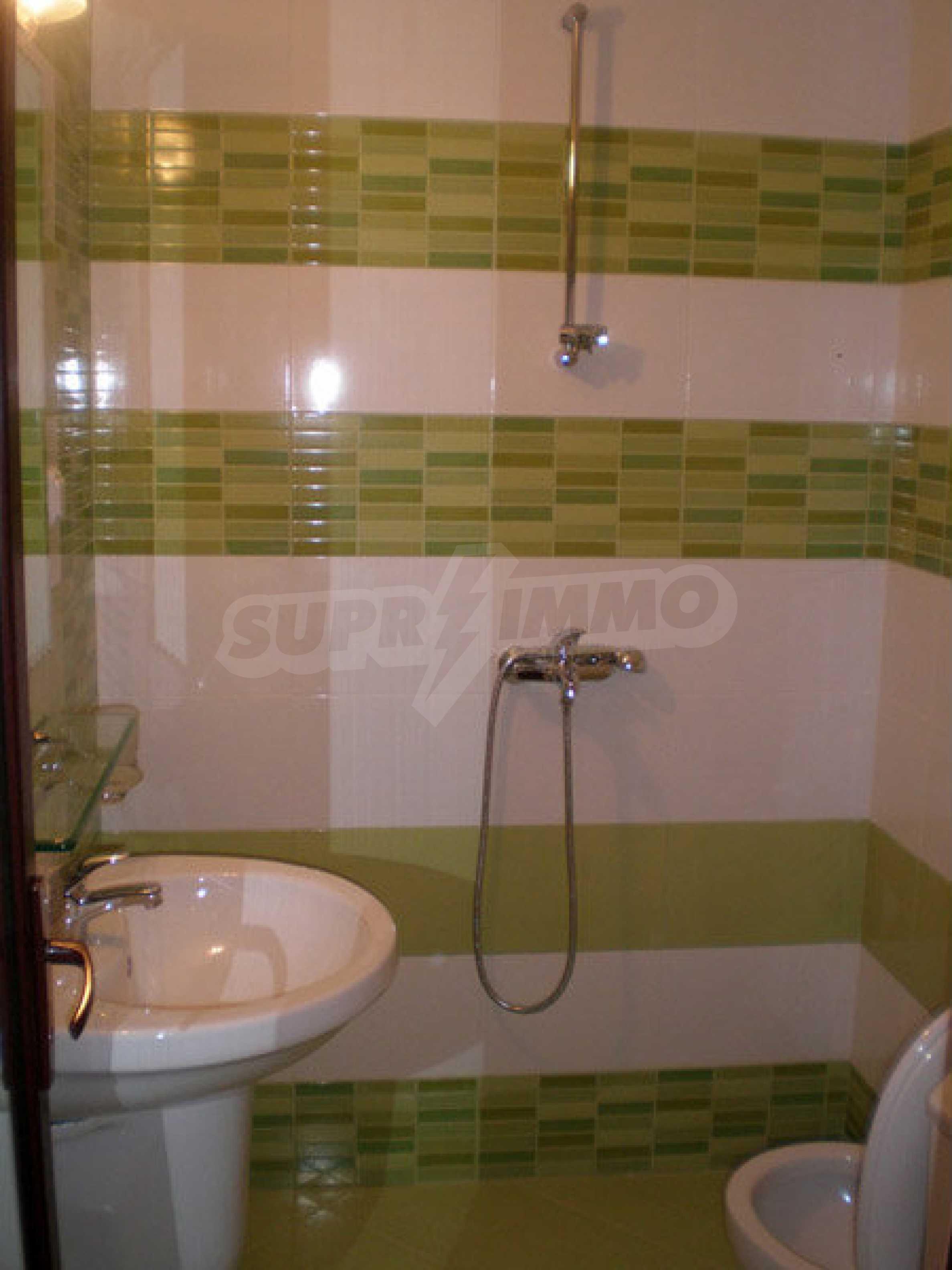 Hotel zum Verkauf in Rezovo 41