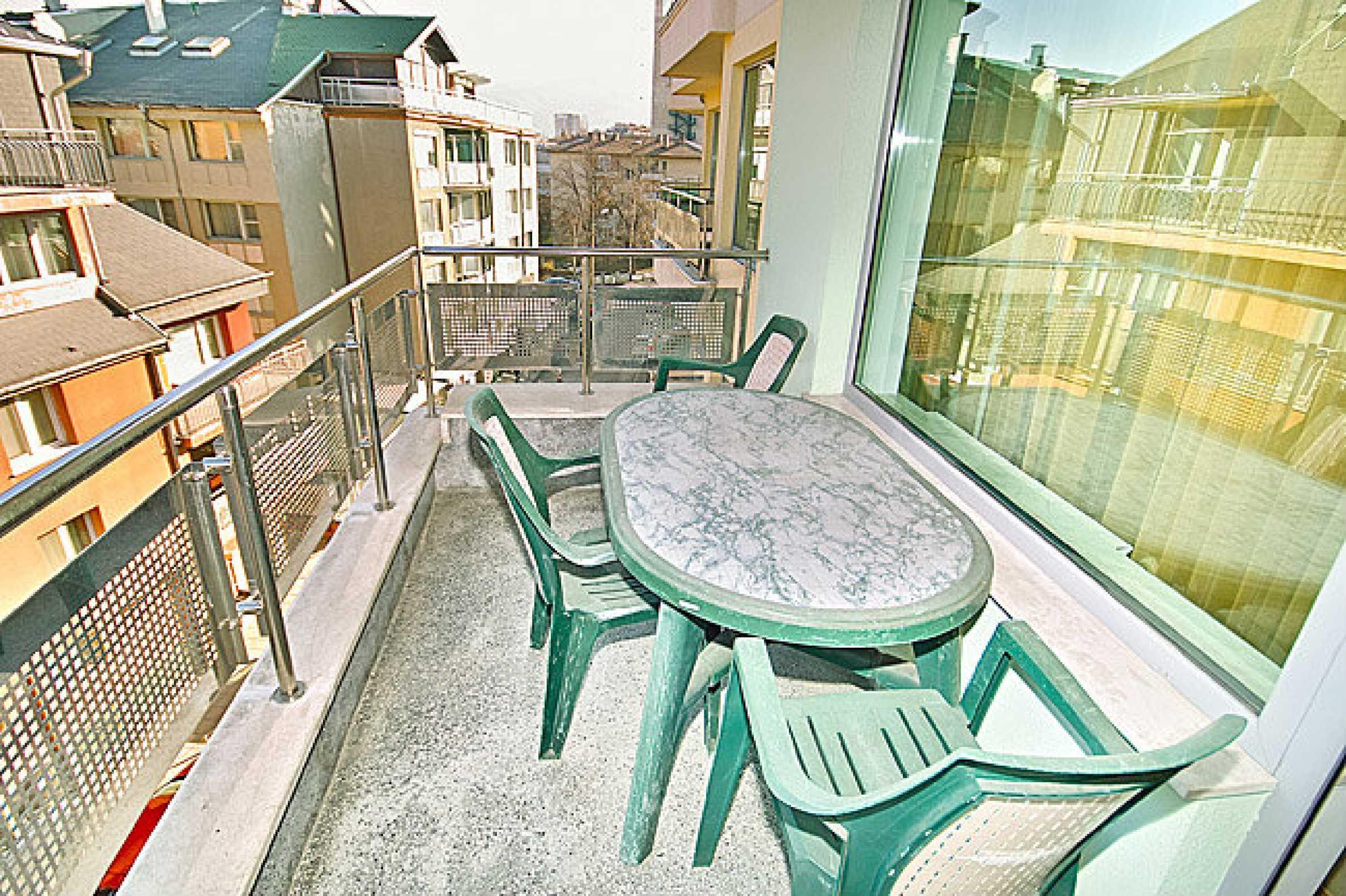 Pliska Star Apartments 12