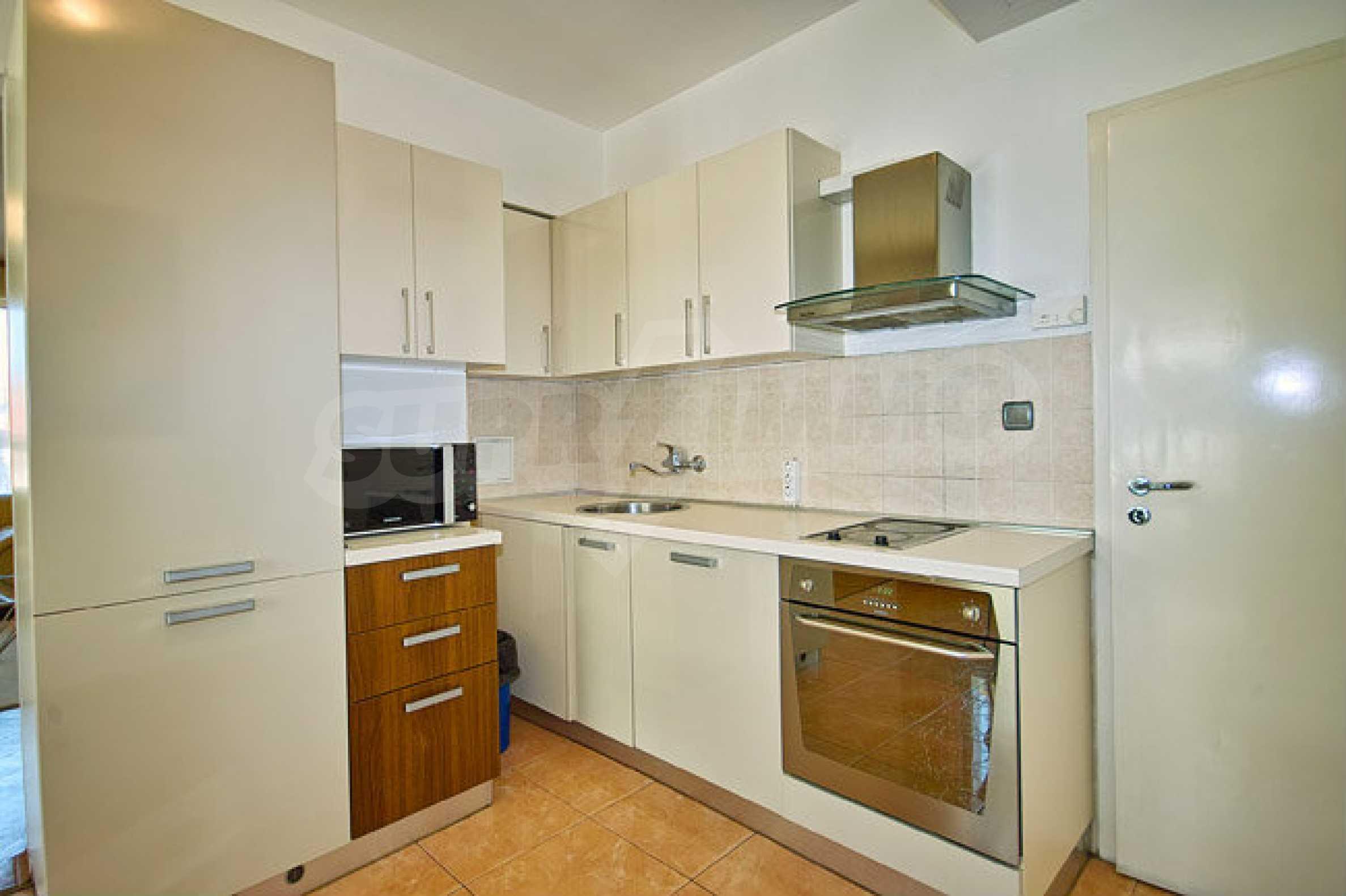 Pliska Star Apartments 7