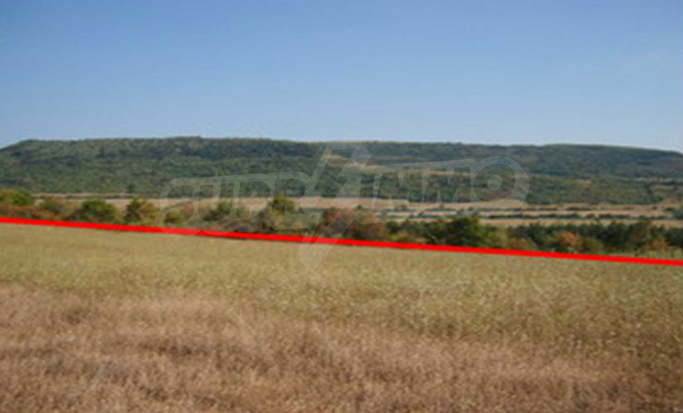 Plot of land which can be used for house building islocated in a small village 5 km. from Dryanovo 1