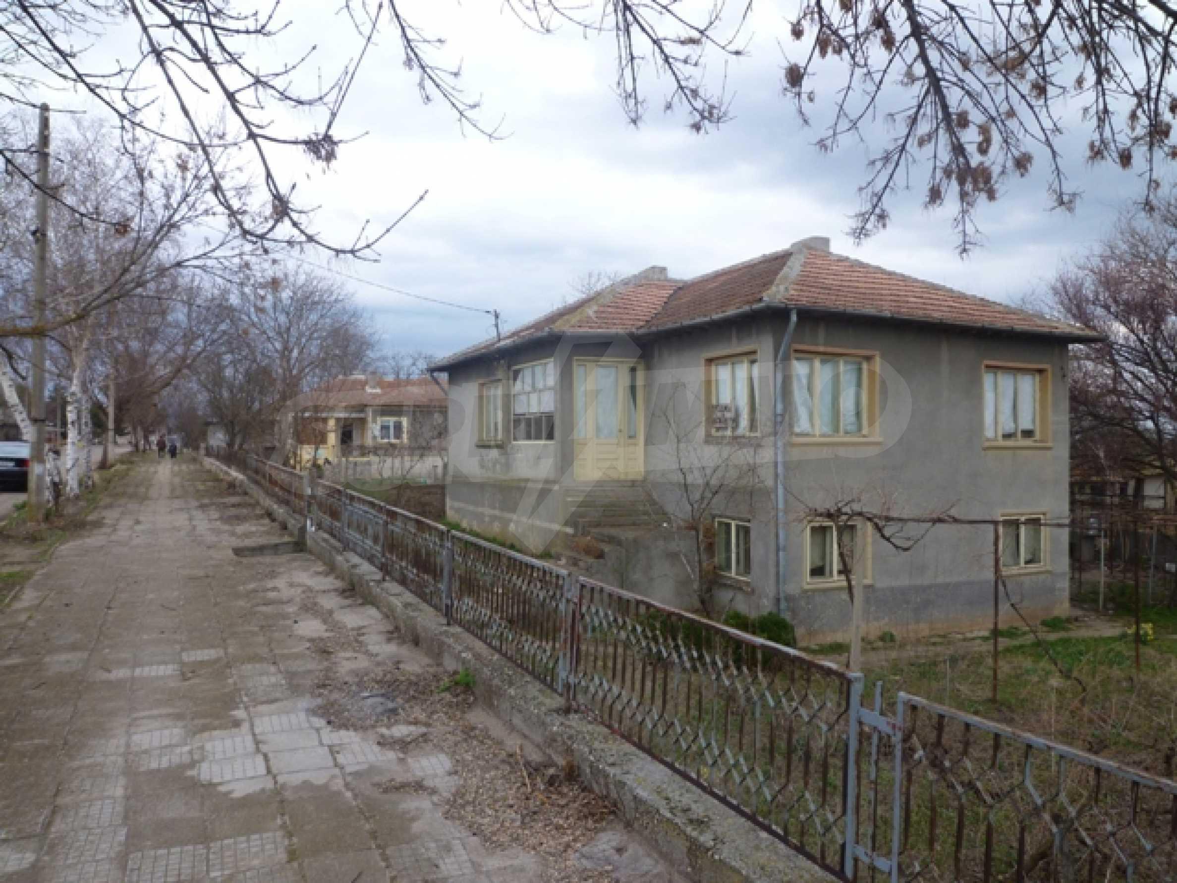Haus in Vaklino