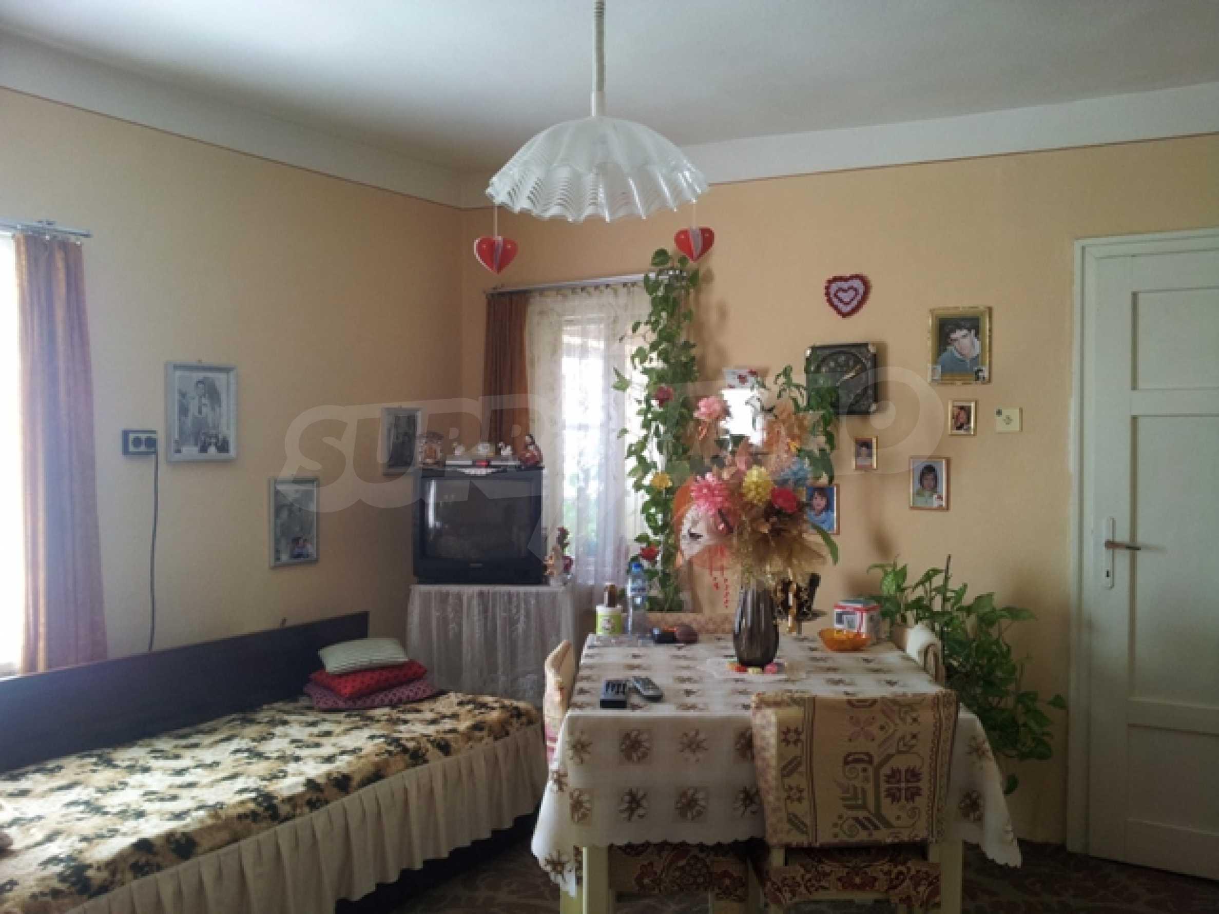 Haus in Pchelarovo 12