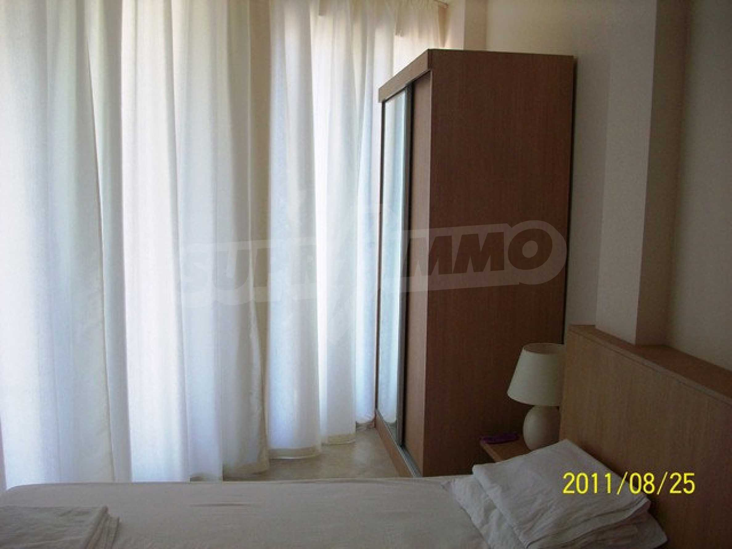 Two-bedroom apartment in Emberli complex in Lozenets 20