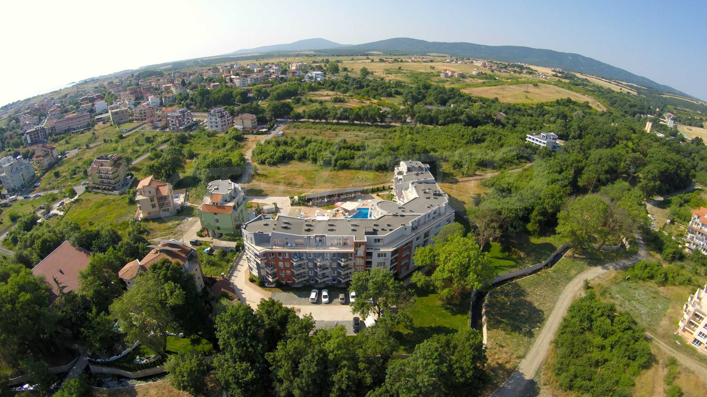 Two-bedroom apartment in Emberli complex in Lozenets 30
