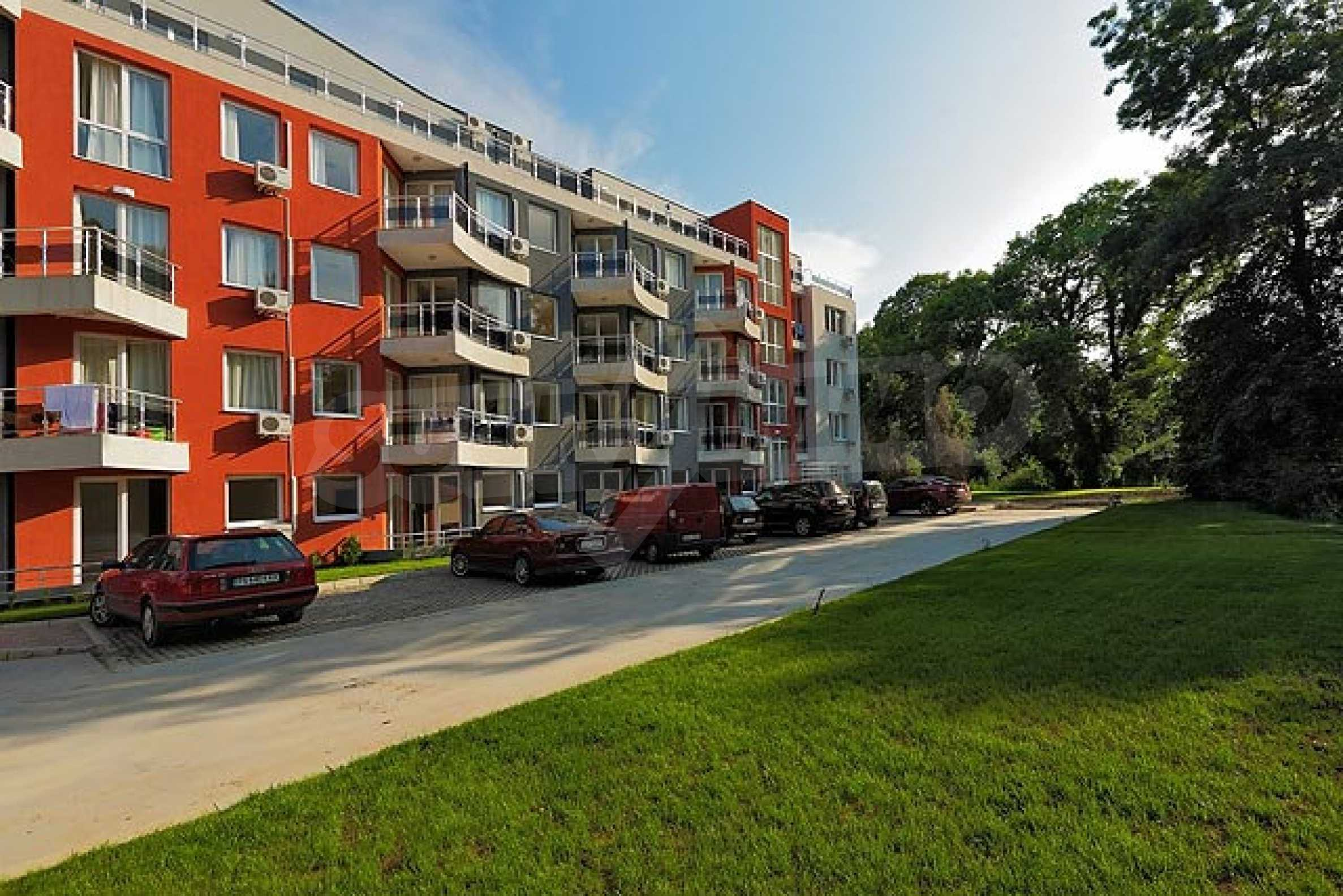 Two-bedroom apartment in Emberli complex in Lozenets 7