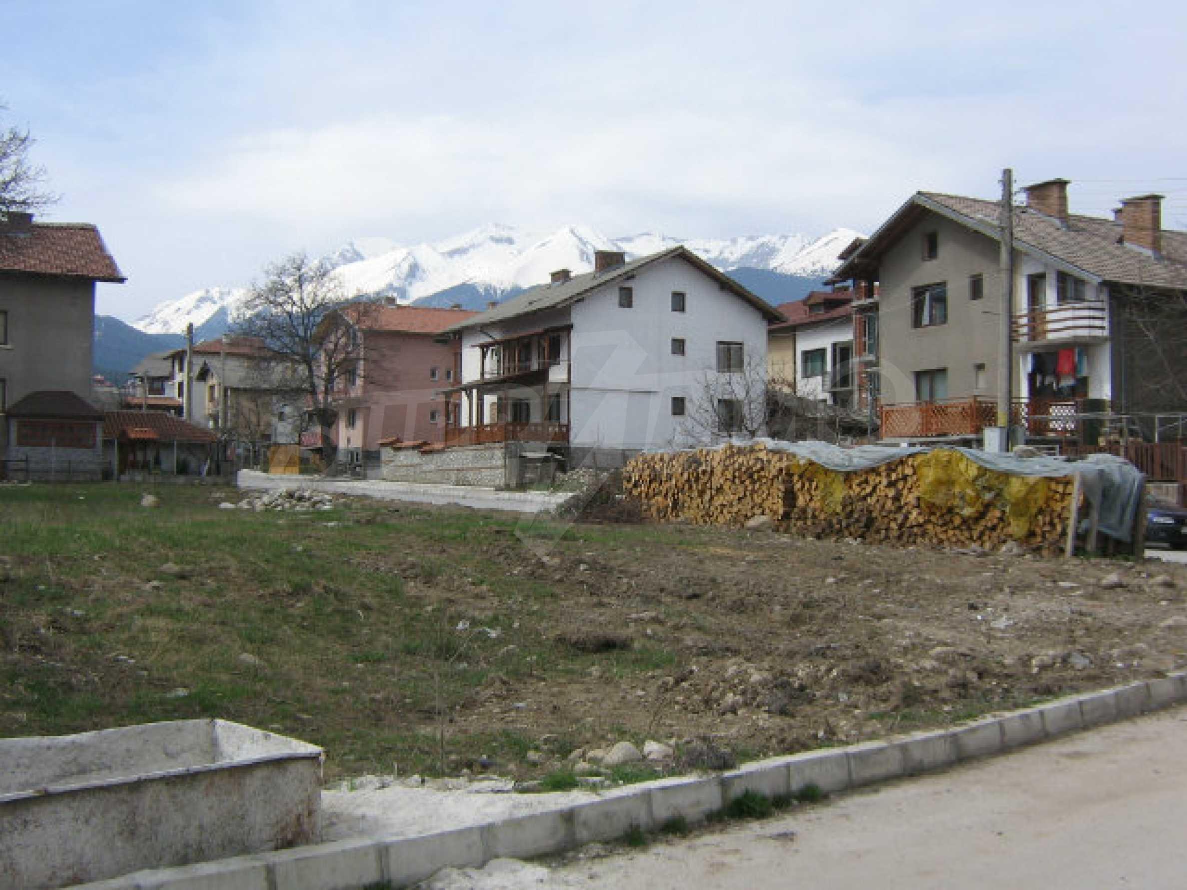 Grundstück mit genehmigtem Projekt zum Verkauf in Bansko 6