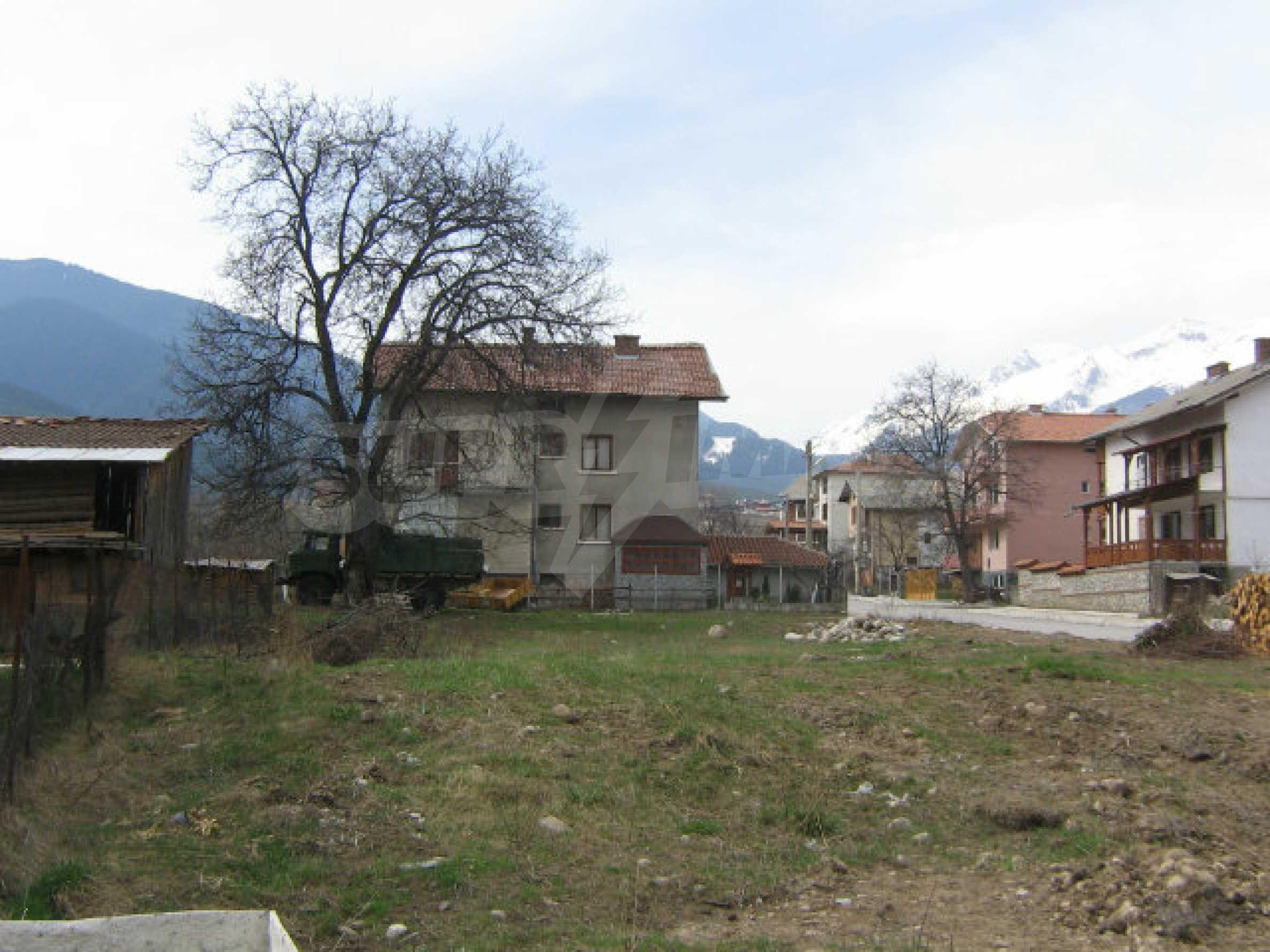 Grundstück mit genehmigtem Projekt zum Verkauf in Bansko 7