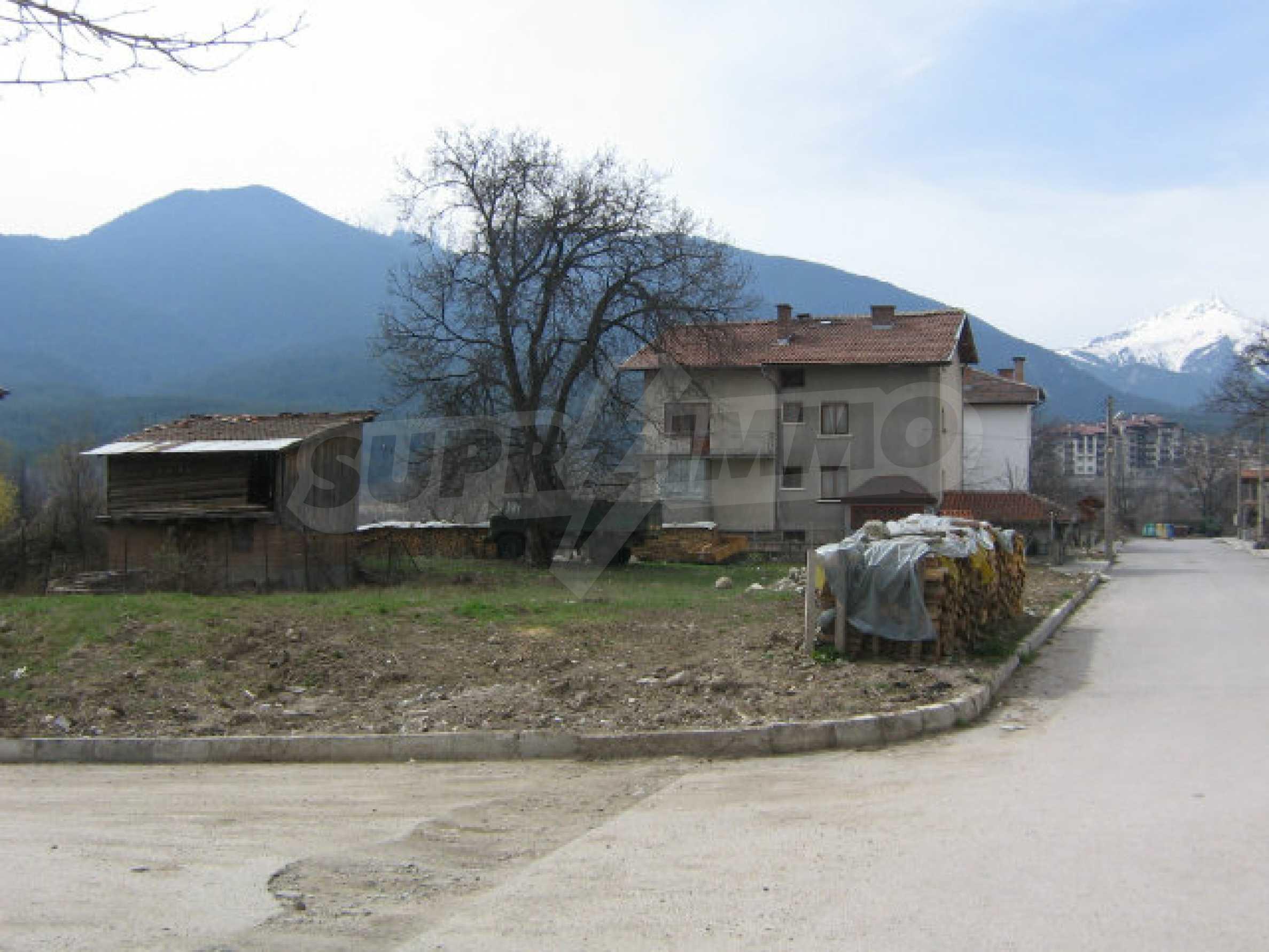 Grundstück mit genehmigtem Projekt zum Verkauf in Bansko 8
