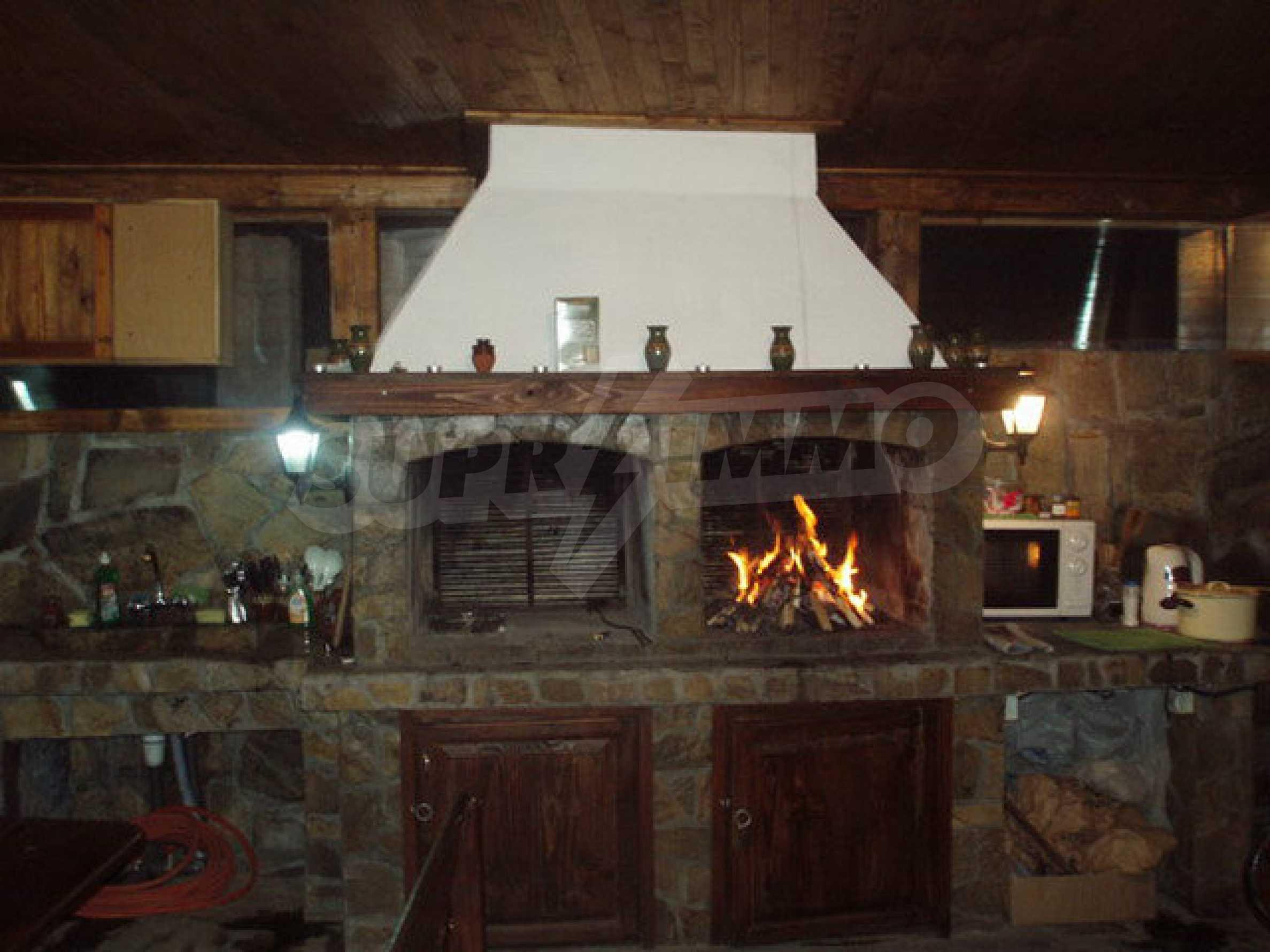 Zwei Gästehäuser in einer attraktiven Gegend mit heißen Mineralquellen in der Nähe der Stadt Troyan 10