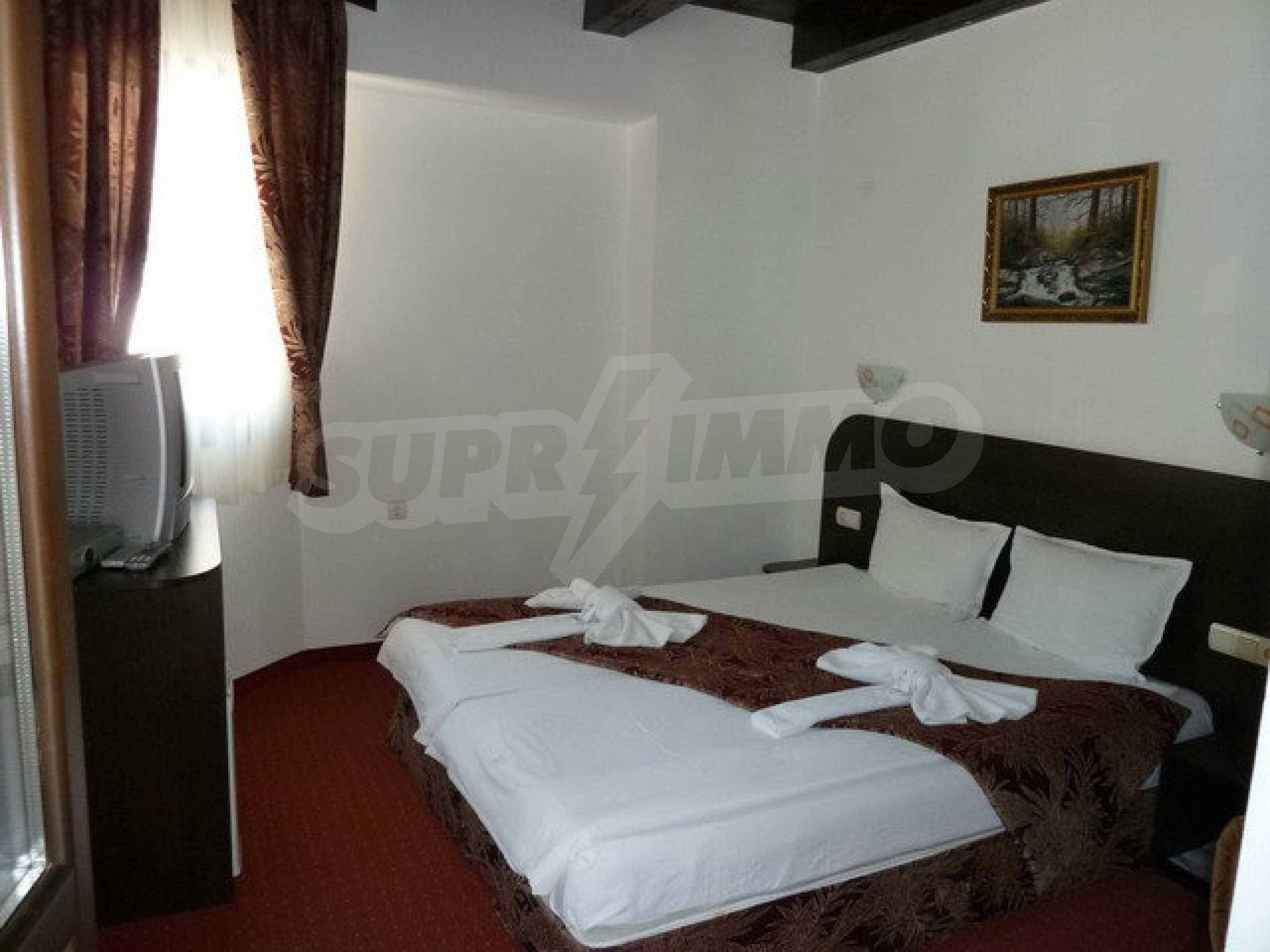 Zwei Gästehäuser in einer attraktiven Gegend mit heißen Mineralquellen in der Nähe der Stadt Troyan 3