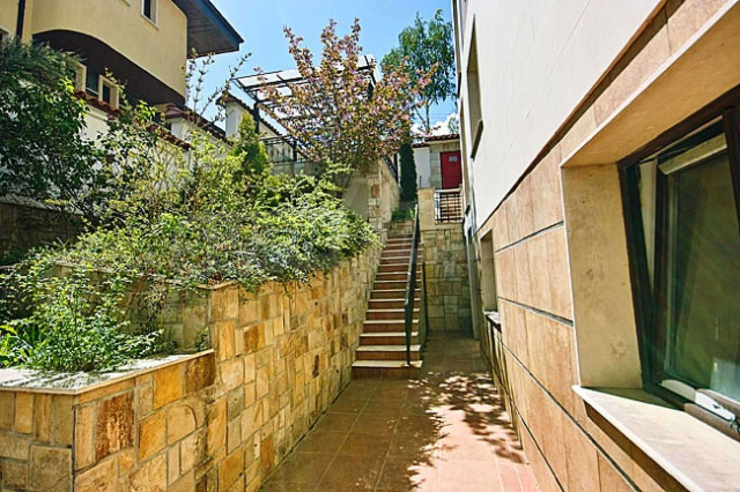 House for sale in Dragalevtsi district 17