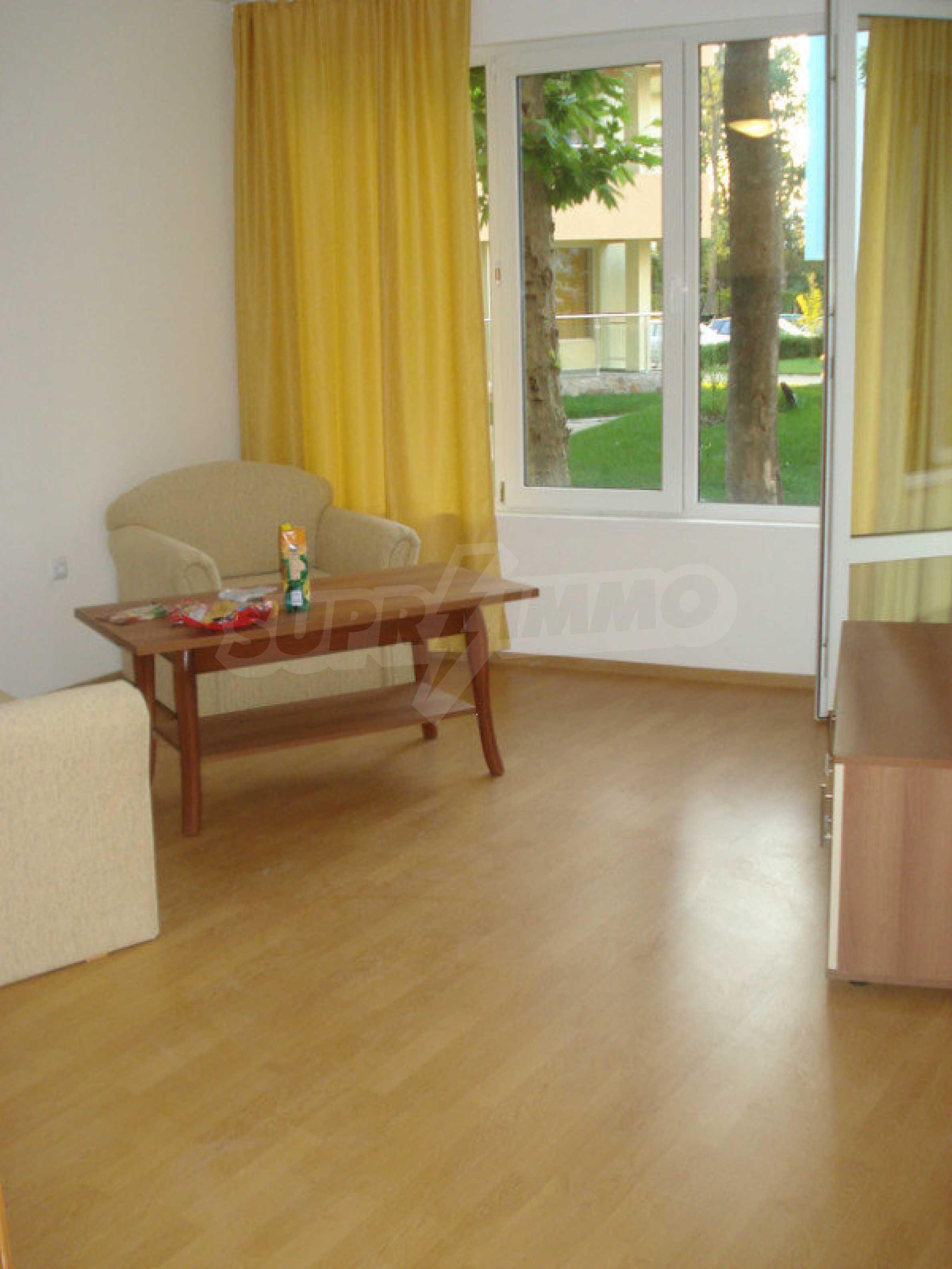 """Apartment mit einem Schlafzimmer im Komplex """"Yasen"""" 10"""