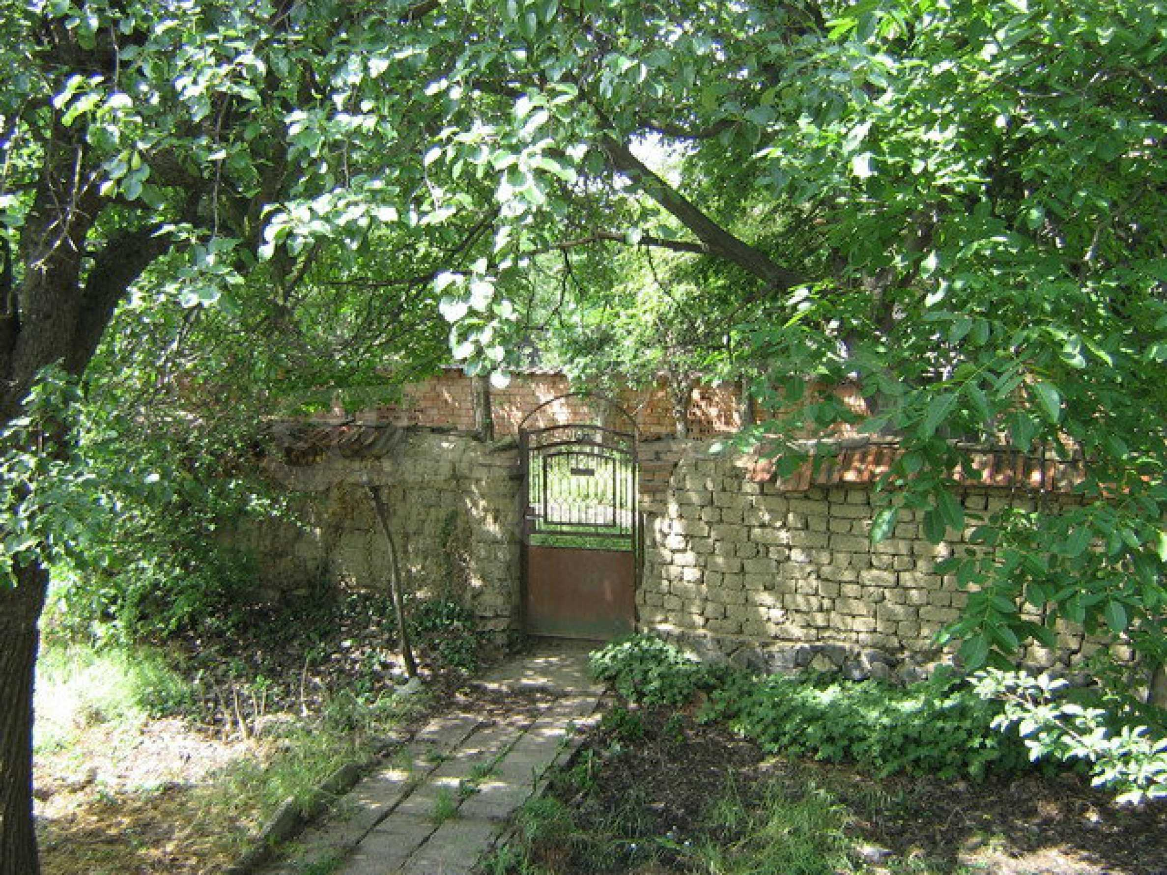 Two storey house with a yard  50 km. from Veliko Tarnovo 6
